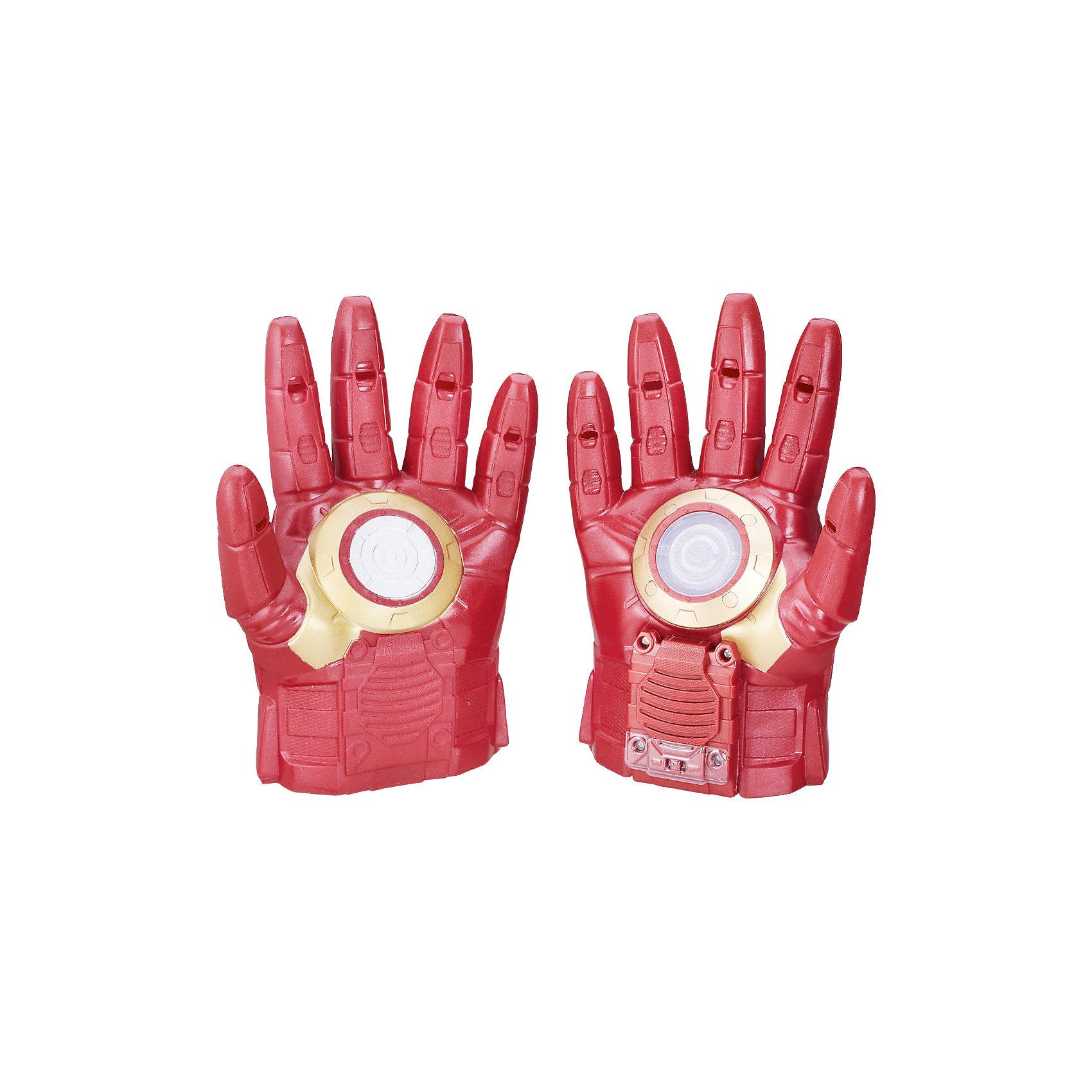 Перчатки Hasbro Мстители Железный человекЛюбимые герои<br>Характеристики товара:<br><br>• возраст: от 5 лет;<br>• материал: пластик;<br>• в комплекте: 2 перчатки;<br>• тип батареек: 1 батарейка ААА;<br>• наличие батареек: в комплекте;<br>• размер упаковки: 21,6х31,8х8,3 см;<br>• вес упаковки: 549 гр.;<br>• страна производитель: Китай.<br><br>Перчатки Железного Человека Hasbro представляют собой копию перчаток одного из самых популярных супергероев команды Мстителей Железного Человека. Они обязательно понравятся юному поклоннику известного супергероя. С ними мальчики могут устроить захватывающие сражения, придумать игры или воспроизводить сцены из фильма.<br><br>Одна из перчаток оснащена световыми и звуковыми эффектами, что делает игру еще увлекательней. Перчатки выполнены из качественного прочного пластика.<br><br>Перчатки Железного Человека Hasbro B0429 можно приобрести в нашем интернет-магазине.<br><br>Ширина мм: 318<br>Глубина мм: 218<br>Высота мм: 86<br>Вес г: 451<br>Возраст от месяцев: 60<br>Возраст до месяцев: 2147483647<br>Пол: Мужской<br>Возраст: Детский<br>SKU: 5104310