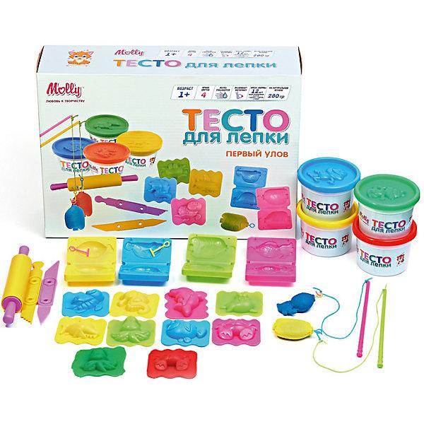 Тесто для лепки Первый улов 4 цвх70 гТесто для лепки<br>Тесто для лепки Первый улов 4 цвх 70 г<br><br>Характеристики:<br><br>- в набор входит: 4 банки с тестом, 8 форм, скалка, нож 2шт., 2 удочки<br>- состав: пластик, тесто: вода, мука, масло. <br>- вес: 310 гр.<br>- для детей в возрасте: от 1 до 7 лет<br>- Страна производитель: Китай<br><br>Набор теста для лепки «Первый улов» включает целых восемь объемных формочек-морских животных, которые можно будет ловить на удочку! Крабы, морские коньки, дельфины и черепашки придут по вкусу малышам и родителям. Популярный бренд Molly (Молли) специализируется на товарах для детского творчества и развития. Безопасный состав теста нетоксичен и безопасен даже для маленьких детей. В набор входит небольшая скалочка, необходимые удочки и два ножичка. Крышки баночек имеет углубления в виде лягушат и енотов. Яркие четыре цвета теста можно смешивать между собой и получать новые оттенки, что понравится юным творцам. После игры тесто можно хранить в практичных баночках из комплекта. Работа с тестом для лепки разрабатывает моторику рук, творческие способности, успокаивает, помогает развить аккуратность и внимание. <br><br>Тесто для лепки Первый улов 4 цвх70 г можно купить в нашем интернет-магазине.<br><br>Ширина мм: 30<br>Глубина мм: 8<br>Высота мм: 22<br>Вес г: 280<br>Возраст от месяцев: 12<br>Возраст до месяцев: 60<br>Пол: Унисекс<br>Возраст: Детский<br>SKU: 5115169