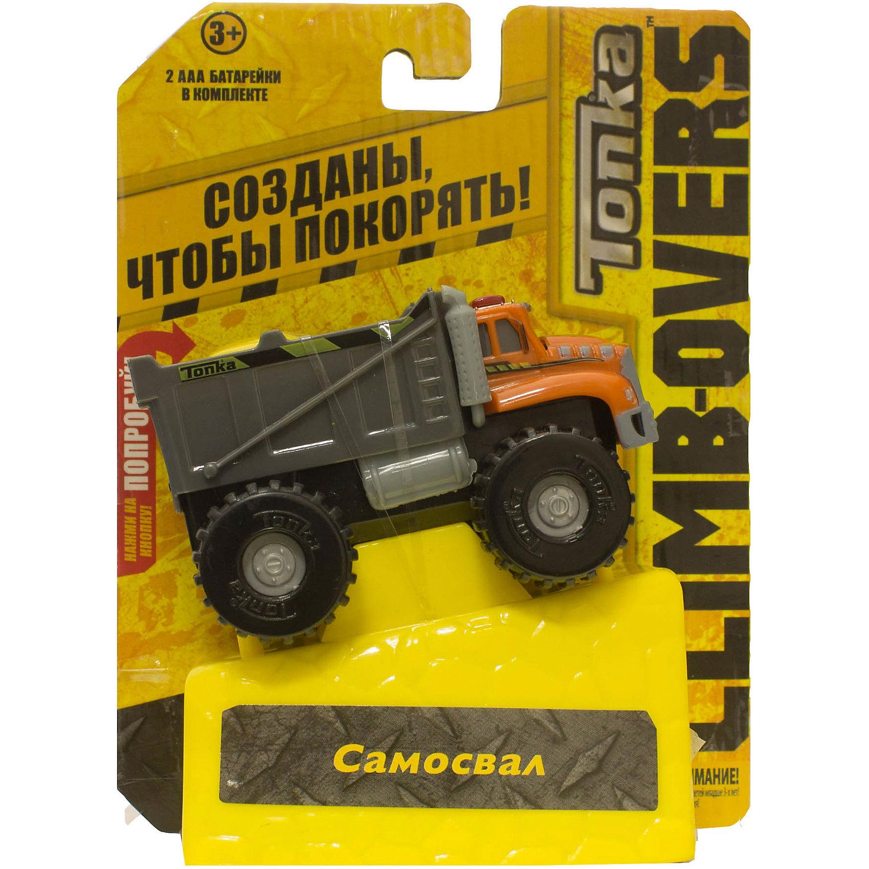 Машинка Climb-overs Самосвал, TonkaМашинки<br>Машинка Climb-overs Самосвал, Tonka<br><br>Характеристики:<br><br>-Возраст: от 3 лет<br>-Для мальчиков<br>-Тип батареек: 2 х AAA / LR0.3 1.5V (мизинчиковые).<br>-Материал: пластик<br>-Марка: Tonka(Тонка)<br><br>Машинка Tonka Climb-overs Самосвал станет отличным подарком юному любителю гонок. Машина аварийной службы имеет оранжевую кабину с проблесковыми маячками и серый открытый кузов. Мощные черные колеса автомобиля с серыми дисками легко проедут через любое препятствие. А если ребенок нажмет на большую желтую кнопку, располагающуюся на крыше кузова, то машинка быстро помчится вперед. Собери всю коллекцию машинок данной серии и играй в них вместе с друзьями, придумывая разные игровые сюжеты! Также машинка подойдет для треков этой серии. Для работы требуются 3 батарейки ААА (в комплект не входят). <br><br>Машинка Climb-overs Самосвал, Tonka можно приобрести в нашем интернет-магазине.<br><br>Ширина мм: 165<br>Глубина мм: 51<br>Высота мм: 127<br>Вес г: 150<br>Возраст от месяцев: 36<br>Возраст до месяцев: 120<br>Пол: Мужской<br>Возраст: Детский<br>SKU: 5115731