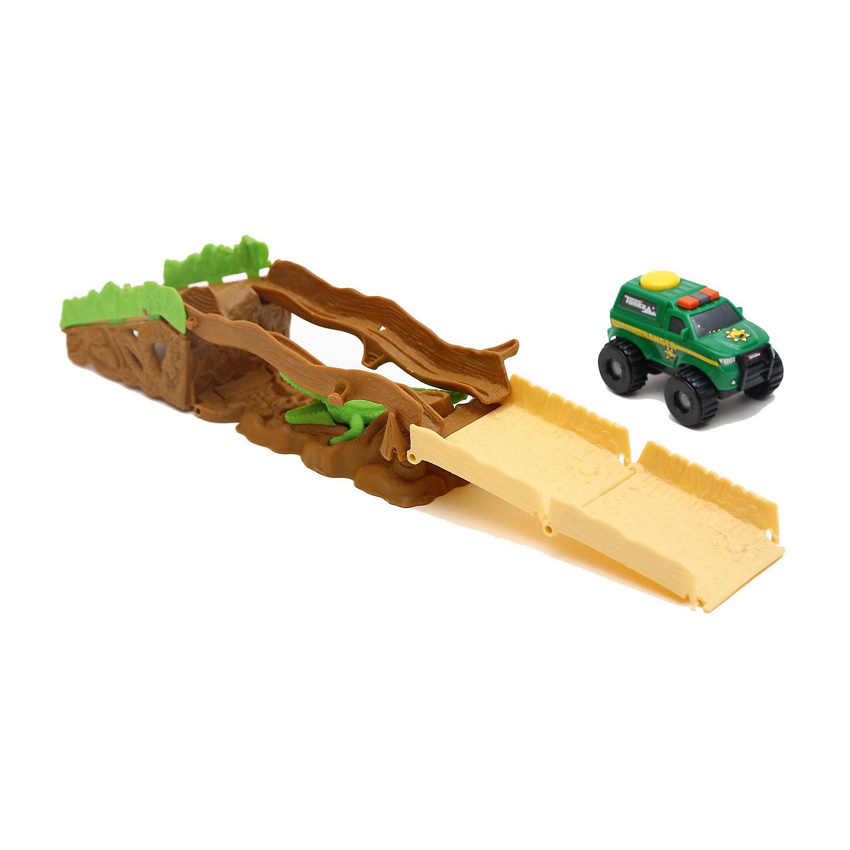 Трек с машинкой Climb-overs Forest Ranger, TonkaТрек с машинкой Climb-overs Forest Ranger, Tonka<br><br>В набор входит:<br><br>-машинка<br>-трек<br>-Тип батареек: 3 х AAA / LR0.3 1.5V (мизинчиковые, в комплекте).<br><br>Характеристики:<br><br>-Возраст: от 3 лет<br>-Для мальчиков<br>-Материал: пластик<br>-Марка: Tonka(Тонка)<br><br>Трек с машинкой Tonka Climb-overs Forest Ranger станет отличным подарком юному любителю гонок. Полицейский джип зеленого цвета оснащен проблесковыми маячками. Мощные черные колеса автомобиля с серыми дисками легко проедут через любое препятствие. А если ребенок нажмет на большую желтую кнопку, располагающуюся на крыше кузова, то машинка быстро помчится вперед. Собрав все элементы трека, можно устроить невероятные гонки вместе с друзьями, придумывая разные игровые сюжеты! Трек имеет участок, в котором автомобилю предстоит проехать по опасному участку, прямо над крокодилом. Для работы требуются 3 батарейки ААА (в комплект не входят). <br><br>Трек с машинкой Climb-overs Forest Ranger, Tonka можно приобрести в нашем интернет-магазине.<br><br>Ширина мм: 305<br>Глубина мм: 64<br>Высота мм: 127<br>Вес г: 300<br>Возраст от месяцев: 36<br>Возраст до месяцев: 120<br>Пол: Мужской<br>Возраст: Детский<br>SKU: 5115737