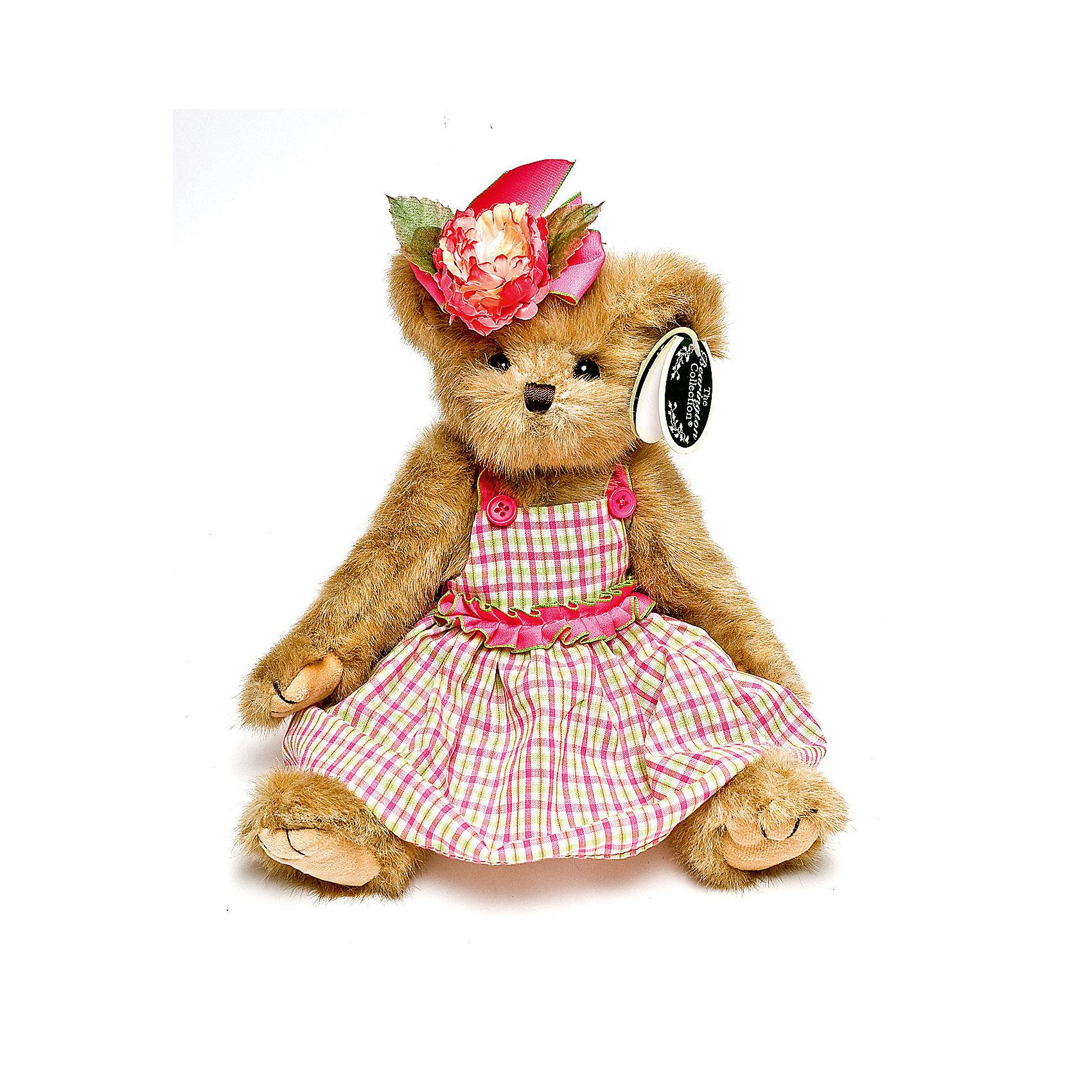 Мишка, 36 см, BearingtonМишка, 36 см, Bearington (Берингтон).<br><br>Характеристики:<br><br>- Высота игрушки: 36 см.<br>- Материал: искусственный мех, текстиль, набивка - полиэфирное волокно<br><br>Симпатичный мишка Тедди в клетчатом платье с розовой отделкой и с цветком на голове от американской компании Bearington (Берингтон) покорит Вас обаянием и красотой. Игрушка непременно вызовет положительные эмоции и подарит Вам свою любовь и тепло. У мишки очаровательная мордочка, забавный носик и черные как угольки глазки. Игрушка изготовлена из нежного высококачественного искусственного меха по классическим традициям производства мишек Тедди. Лапки игрушки крепятся таким образом, что их можно вращать по отношению к туловищу на 360 градусов, и придавать мишке разнообразные позы. Голова вращается. Чудесное платье сшито из высококачественных экологически чистых материалов. Крой и отделка наряда созданы с любовью, что придает игрушке особый шарм. Платье можно снимать и одевать. Играть с мишкой Тедди от Беарингтон также интересно, как и с куклами. Благодаря чудесному образу и высококачественному исполнению мишка станет лучшим подарком для девочек и девушек с утонченным изысканным вкусом и для коллекционеров мишек Тедди.<br><br>Мишку, 36 см, Bearington (Берингтон) можно купить в нашем интернет-магазине.<br><br>Ширина мм: 100<br>Глубина мм: 80<br>Высота мм: 360<br>Вес г: 270<br>Возраст от месяцев: 36<br>Возраст до месяцев: 2147483647<br>Пол: Женский<br>Возраст: Детский<br>SKU: 5119963