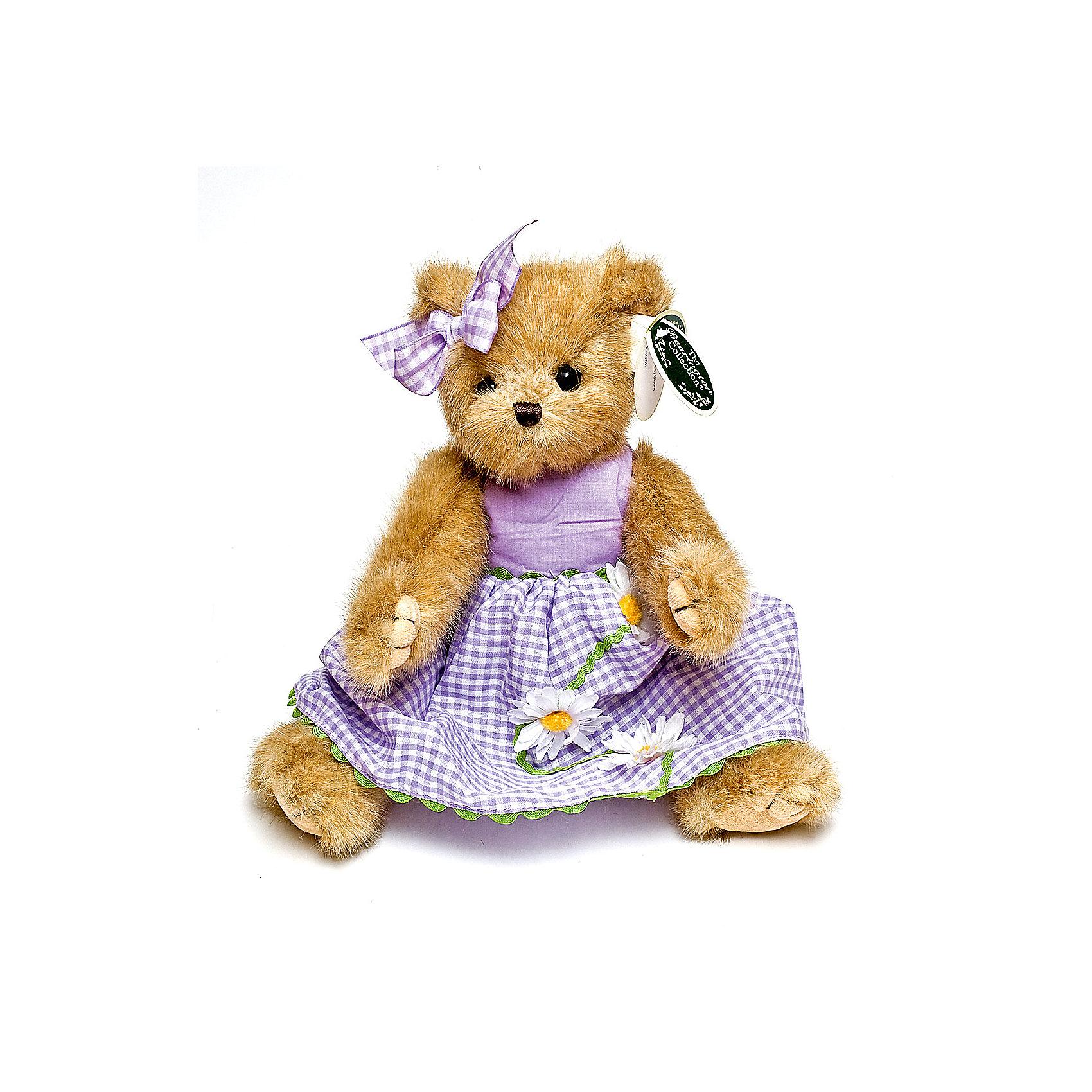Мишка, 36 см, BearingtonМишка, 36 см, Bearington (Берингтон).<br><br>Характеристики:<br><br>- Высота игрушки: 36 см.<br>- Материал: искусственный мех, текстиль, набивка - полиэфирное волокно<br><br>Симпатичный мишка Тедди в сиреневом платье и с бантиком на ушке от американской компании Bearington (Берингтон) покорит Вас обаянием и красотой. Игрушка непременно вызовет положительные эмоции и подарит Вам свою любовь и тепло. У мишки очаровательная мордочка, забавный носик и черные как угольки глазки. Игрушка изготовлена из нежного высококачественного искусственного меха по классическим традициям производства мишек Тедди. Лапки игрушки крепятся таким образом, что их можно вращать по отношению к туловищу на 360 градусов, и придавать мишке разнообразные позы. Голова вращается. Чудесное платье сшито из высококачественных экологически чистых материалов. Крой и отделка наряда созданы с любовью, что придает игрушке особый шарм. Платье можно снимать и одевать. Играть с мишкой Тедди от Беарингтон также интересно, как и с куклами. Благодаря чудесному образу и высококачественному исполнению мишка станет лучшим подарком для девочек и девушек с утонченным изысканным вкусом и для коллекционеров мишек Тедди.<br><br>Мишку, 36 см, Bearington (Берингтон) можно купить в нашем интернет-магазине.<br><br>Ширина мм: 100<br>Глубина мм: 80<br>Высота мм: 360<br>Вес г: 270<br>Возраст от месяцев: 36<br>Возраст до месяцев: 2147483647<br>Пол: Женский<br>Возраст: Детский<br>SKU: 5119965