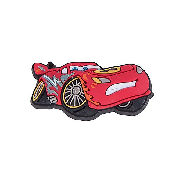 Джибитс для сабо Crocs FH16 Cars LightningТачки<br>Характеристики товара:<br><br>• цвет: красный<br>• материал: полимер<br>• для декорирования сабо<br>• крепятся на вентиляционные отверстия<br>• комплектация: 1 шт<br>• страна бренда: США<br>• страна изготовитель: Китай<br><br>С такими украшениями внешний вид сабо от компании Crocs можно менять каждый день! Этот процесс поможет приучить ребенка к умению подбирать аксессуары к одежде и обуви, самому принимать решения, выдерживать наряд в определенном стиле. Для фиксации декоративных элементов в обуви есть специальные отверстия на новой части - фигурки входят в них легко, но очень плотно закрепляются. С набором украшений можно создавать себе новые сабо постоянно!<br>Обувь от американского бренда Crocs в данный момент завоевала широкую популярность во всем мире, и это не удивительно - ведь она невероятно удобна. Её носят врачи, спортсмены, звёзды шоу-бизнеса, люди, которым много времени приходится бывать на ногах - они понимают, как важна комфортная обувь. Продукция Crocs - это качественные товары, созданные с применением новейших технологий. Обувь отличается стильным дизайном и продуманной конструкцией. Изделие производится из качественных и проверенных материалов, которые безопасны для детей.<br><br>Украшение для сабо Crocs FH16 Cars Lightning от торговой марки Crocs можно купить в нашем интернет-магазине.<br><br>Ширина мм: 170<br>Глубина мм: 157<br>Высота мм: 67<br>Вес г: 117<br>Цвет: белый<br>Возраст от месяцев: 144<br>Возраст до месяцев: 1188<br>Пол: Мужской<br>Возраст: Детский<br>Размер: one size<br>SKU: 5122466