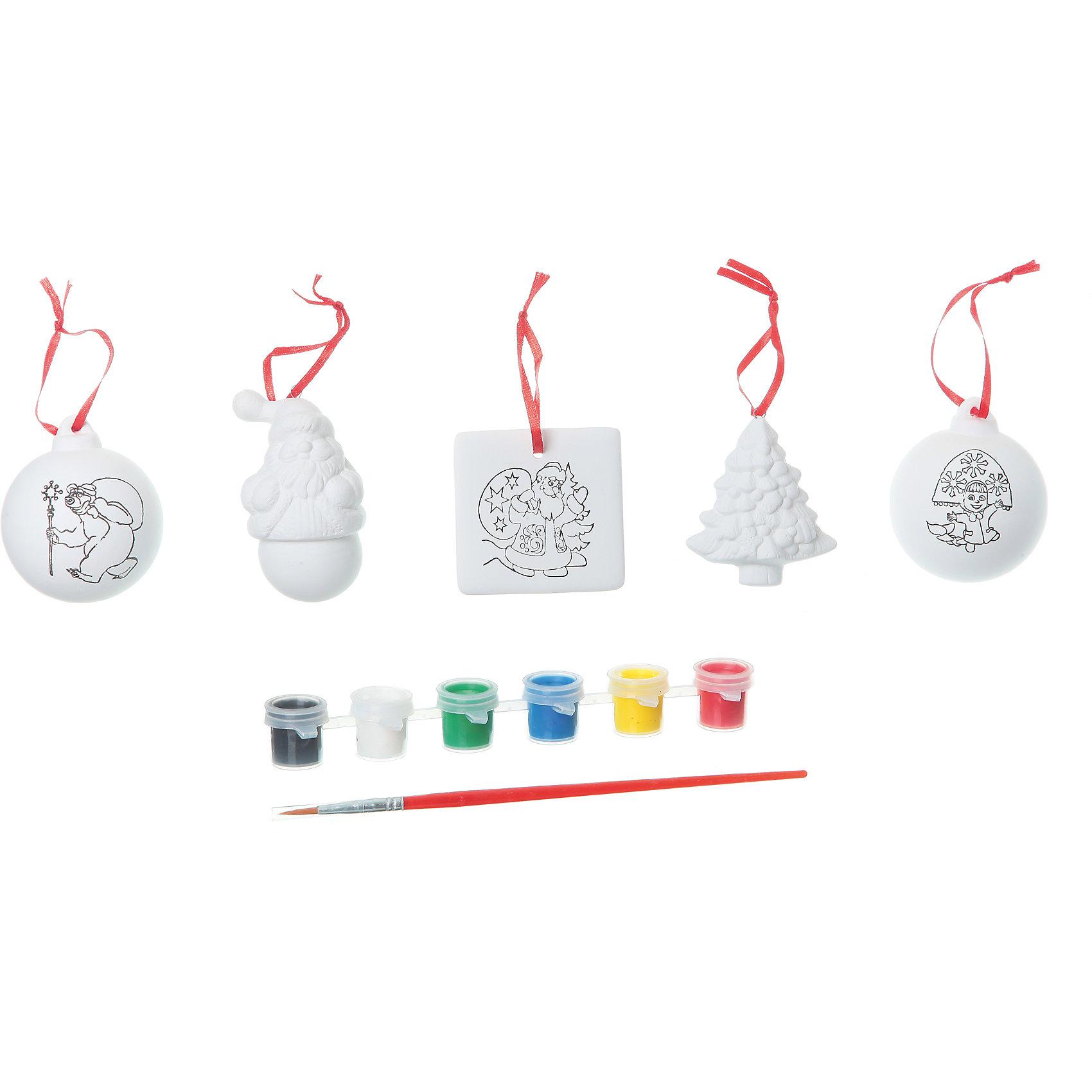 Набор для творчества с Машей (Дед Мороз, 2 шарика, ёлочка, квадрат), BondibonНовогоднее творчество<br>Набор для творчества с Машей (Дед Мороз, 2 шарика, ёлочка, квадрат), Bondibon (Бондибон).<br><br>Характеристики:<br><br>• Материал: керамика, краски, текстиль.<br>• В набор входит: <br>- 5 керамических фигурок для раскрашивания, <br>- краски 6 цветов,<br>- кисточка, <br>- инструкция.<br><br>Создайте новогоднее настроение вместе со своими детьми! Набор для творчества с Машей поможет вам провести творчески досуг и создаст праздничное настроение. В наборе 5 керамических фигурок для раскрашивания: Дед Мороз, 2 шарика, ёлочка, квадрат, которые нужно раскрасить так, как вам подскажет фантазия. Раскрашивать изделия из керамики - очень интересно и увлекательно. Такие фигурки, раскрашенные вручную, станут отличным подарком! Работа с таким набором помогает развить творческие способности, усидчивость, внимательность, самостоятельность, координацию движений.<br><br>Набор для творчества с Машей (Дед Мороз, 2 шарика, ёлочка, квадрат), Bondibon (Бондибон), можно купить в нашем интернет – магазине.<br><br>Ширина мм: 262<br>Глубина мм: 60<br>Высота мм: 222<br>Вес г: 492<br>Возраст от месяцев: 60<br>Возраст до месяцев: 1188<br>Пол: Унисекс<br>Возраст: Детский<br>SKU: 5124538