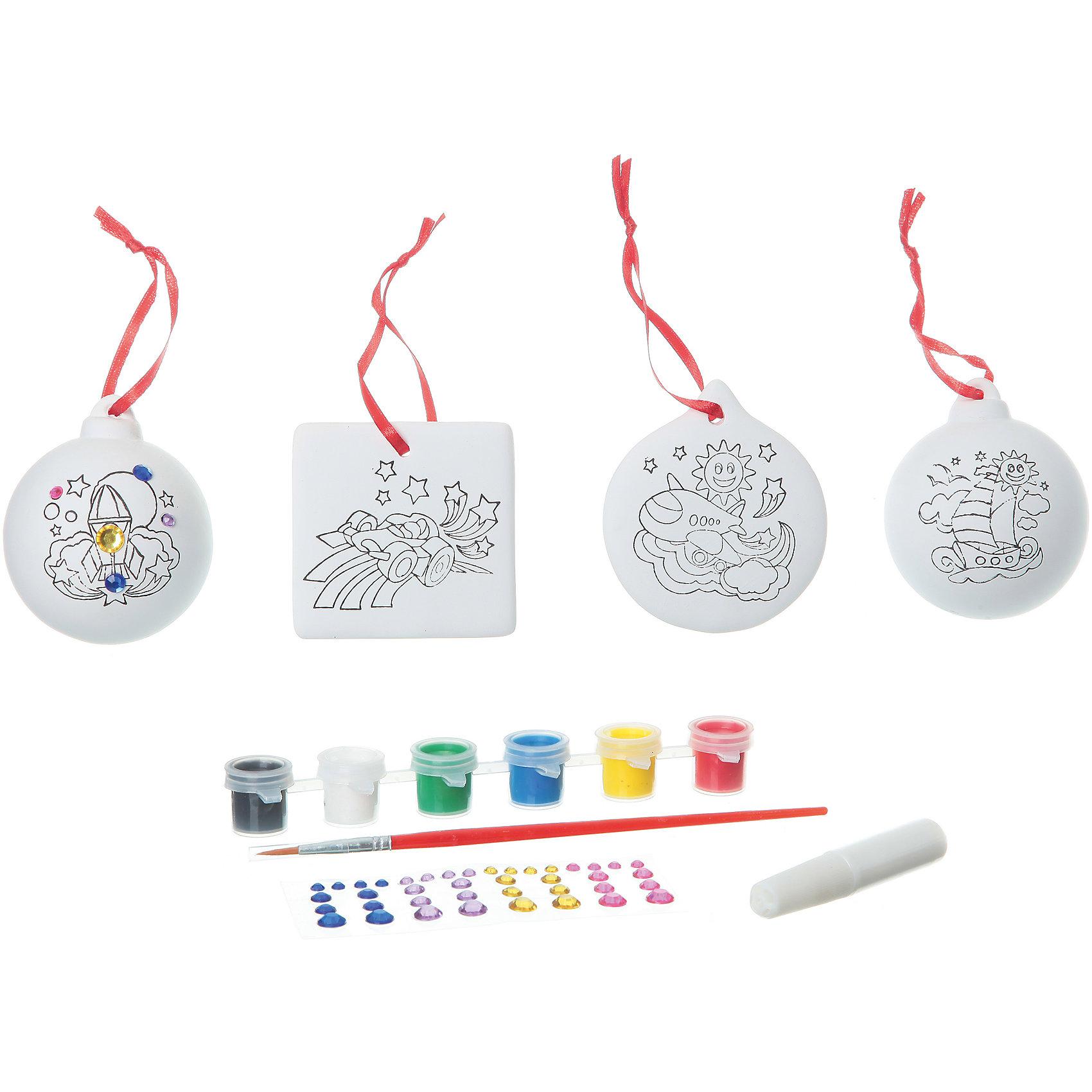 Набор для творчества со стразами (2 шарика, квадрат, круг), BondibonНаборы для творчества новогодние<br>Набор для творчества со стразами (2 шарика, квадрат, круг) Bondibon (Бондибон).<br><br>Характеристики:<br><br>• Материал: керамика, краски, текстиль.<br>• В набор входит: <br>- 4 керамических фигурки для раскрашивания, <br>- краски 6 цветов,<br>- кисточка, <br>- разноцветные стразы,<br>- инструкция.<br><br>Создайте новогоднее настроение вместе со своими детьми! Набор для творчества с Машей поможет вам провести творчески досуг и создаст праздничное настроение. В наборе 4 керамических фигурки для раскрашивания: 2 шарика, квадрат, сердце, которые нужно раскрасить так, как вам подскажет фантазия. Разноцветные мерцающие стразы сделают игрушки по- настоящему волшебными и новогодними. Раскрашивать изделия из керамики - очень интересно и увлекательно. Такие фигурки, раскрашенные вручную, станут отличным подарком! Работа с таким набором помогает развить творческие способности, усидчивость, внимательность, самостоятельность, координацию движений.<br><br>Набор для творчества со стразами (2 шарика, квадрат, круг) Bondibon (Бондибон), можно купить в нашем интернет – магазине.<br><br>Ширина мм: 262<br>Глубина мм: 60<br>Высота мм: 222<br>Вес г: 492<br>Возраст от месяцев: 60<br>Возраст до месяцев: 1188<br>Пол: Унисекс<br>Возраст: Детский<br>SKU: 5124541