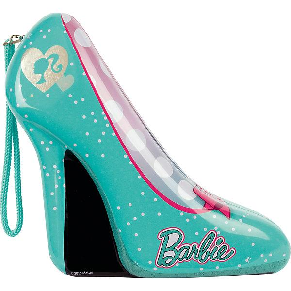 Набор детской косметики Барби в туфельке, зеленыйНаборы детской косметики<br>Характеристики:<br><br>• Наименование: детская декоративная косметика<br>• Предназначение: для сюжетно-ролевых игр<br>• Серия: Barbie<br>• Пол: для девочки<br>• Материал: натуральные косметические компоненты, пластик, металл, клей<br>• Цвет: в ассортименте<br>• Комплектация: 2 оттенка лака для ногтей, баночка блесток, комплект накладных ногтей, клейкая основа под накладные ноги, пинцет, 2 кольца<br>• Размеры (Д*Ш*В): 21*18*7 см<br>• Вес: 215 г <br>• Упаковка: жестяная шкатулка в форме туфельки<br><br>Игровой набор детской декоративной косметики в зеленой туфельке, Barbie – это набор игровой детской косметики от Markwins, которая вот уже несколько десятилетий специализируется на выпуске детской косметики. Рецептура декоративной детской косметики разработана совместно с косметологами и медиками, в основе рецептуры – водная основа, а потому она гипоаллергенны, не вызывает раздражений на детской коже и легко смывается, не оставляя следа. Безопасность продукции подтверждена международными сертификатами качества и безопасности. <br>Игровой набор детской декоративной косметики состоит из всех необходимых атрибутов для создания модного и стильного маникюра: набора из 10 накладных ногтей, клейкой основы для закрепления их на ногтях, лака и блесток, а также кольца для создания законченного образа. Косметические средства, входящие в состав набора, имеют длительный срок хранения – 12 месяцев. Набор выполнен в брендовом дизайне популярной серии Barbie, упакован в шкатулку в виде туфельки. Игровой набор детской декоративной косметики от Markwins может стать незаменимым праздничным подарком для любой маленькой модницы!<br><br>Игровой набор детской декоративной косметики в зеленой туфельке, Barbie можно купить в нашем интернет-магазине.<br>Ширина мм: 200; Глубина мм: 190; Высота мм: 70; Вес г: 293; Возраст от месяцев: 48; Возраст до месяцев: 120; Пол: Женский; Возраст: Детский; SKU: 5124699;