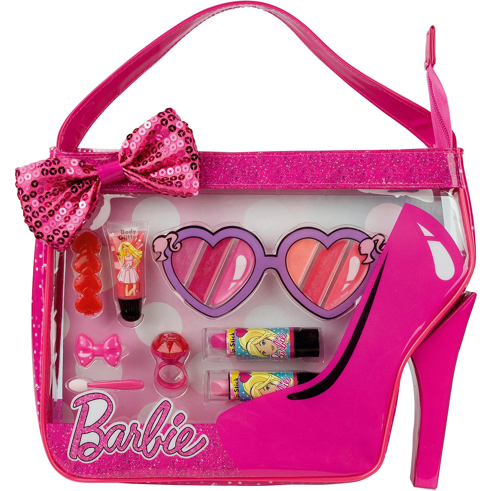 Набор детской косметики Барби в сумочкеХарактеристики:<br><br>• Наименование: детская декоративная косметика<br>• Предназначение: для сюжетно-ролевых игр<br>• Серия: Barbie<br>• Пол: для девочки<br>• Материал: натуральные косметические компоненты, пластик, текстиль<br>• Цвет: в ассортименте<br>• Комплектация: туба блеска для губ, блекс для губ в колечке, палитра блеска для губ из 6 оттенков, 2 губные помады, аппликатор, заколки для волос<br>• Размеры (Д*Ш*В): 30*26*6 см<br>• Вес: 210 г <br>• Упаковка: сумочка с текстильным бантом, ручкой <br><br>Игровой набор детской декоративной косметики в сумочке, Barbie – это набор игровой детской косметики от Markwins, которая вот уже несколько десятилетий специализируется на выпуске детской косметики. Рецептура декоративной детской косметики разработана совместно с косметологами и медиками, в основе рецептуры – водная основа, а потому она гипоаллергенны, не вызывает раздражений на детской коже и легко смывается, не оставляя следа. Безопасность продукции подтверждена международными сертификатами качества и безопасности. <br>Игровой набор детской декоративной косметики состоит из всех необходимых атрибутов для создания модного и стильного макияжа: палитры блеска для губ и губной помады, а также из заколок для волос для создания законченного образа. Косметические средства, входящие в состав набора, имеют длительный срок хранения – 12 месяцев. Набор выполнен в брендовом дизайне популярной серии Barbie, упакован в сумочку с ручкой и бантиком. Игровой набор детской декоративной косметики от Markwins может стать незаменимым праздничным подарком для любой маленькой модницы!<br><br>Игровой набор детской декоративной косметики в сумочке, Barbie можно купить в нашем интернет-магазине.<br><br>Ширина мм: 280<br>Глубина мм: 220<br>Высота мм: 50<br>Вес г: 298<br>Возраст от месяцев: 48<br>Возраст до месяцев: 120<br>Пол: Женский<br>Возраст: Детский<br>SKU: 5124701