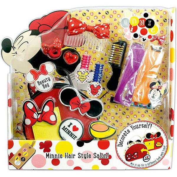 Игровой набор аксессуаров для волос MinnieНаборы детской косметики<br>Характеристики:<br><br>• Наименование: детская декоративная косметика<br>• Предназначение: для сюжетно-ролевых игр<br>• Серия: Микки Маус и его друзья<br>• Пол: для девочки<br>• Материал: натуральные косметические компоненты, пластик, картон, металл<br>• Цвет: сиреневый, оранжевый, красный, синий и др.<br>• Комплектация: 2 мелка для окрашивания волос, краска для волос, 2 пряди искусственных волос, колечко, резиночка для волос, гребень с бантом, 2 заколки для волос, расческа, липучка, сумочка, наклейка<br>• Размеры (Д*Ш*В): 35*33*6 см<br>• Вес: 440 г <br>• Упаковка: картонная коробка с блистером<br><br>Игровой набор детской декоративной косметики для волос, Минни Маус – это набор игровой детской косметики от Markwins, которая вот уже несколько десятилетий специализируется на выпуске детской косметики. Рецептура декоративной детской косметики разработана совместно с косметологами и медиками, в основе рецептуры – водная основа, а потому она гипоаллергенны, не вызывает раздражений на детской коже и легко смывается, не оставляя следа. Безопасность продукции подтверждена международными сертификатами качества и безопасности. <br>Игровой набор детской декоративной косметики состоит из мелков и краски для окрашивания волос, также в набор входят цветные пряди и аксессуары для создания праздничной стильной прически. В комплекте предусмотрена сумочка. Косметические средства, входящие в состав набора, имеют длительный срок хранения – 12 месяцев. Набор выполнен в брендовом дизайне популярной серии Микки Маус и его друзья. Игровой набор детской декоративной косметики от Markwins может стать незаменимым праздничным подарком для любой маленькой модницы!<br><br>Игровой набор детской декоративной косметики для волос, Минни Маус можно купить в нашем интернет-магазине.<br><br>Ширина мм: 350<br>Глубина мм: 330<br>Высота мм: 60<br>Вес г: 573<br>Возраст от месяцев: 48<br>Возраст до месяцев: 120<br>Пол: Женский<br>Возраст