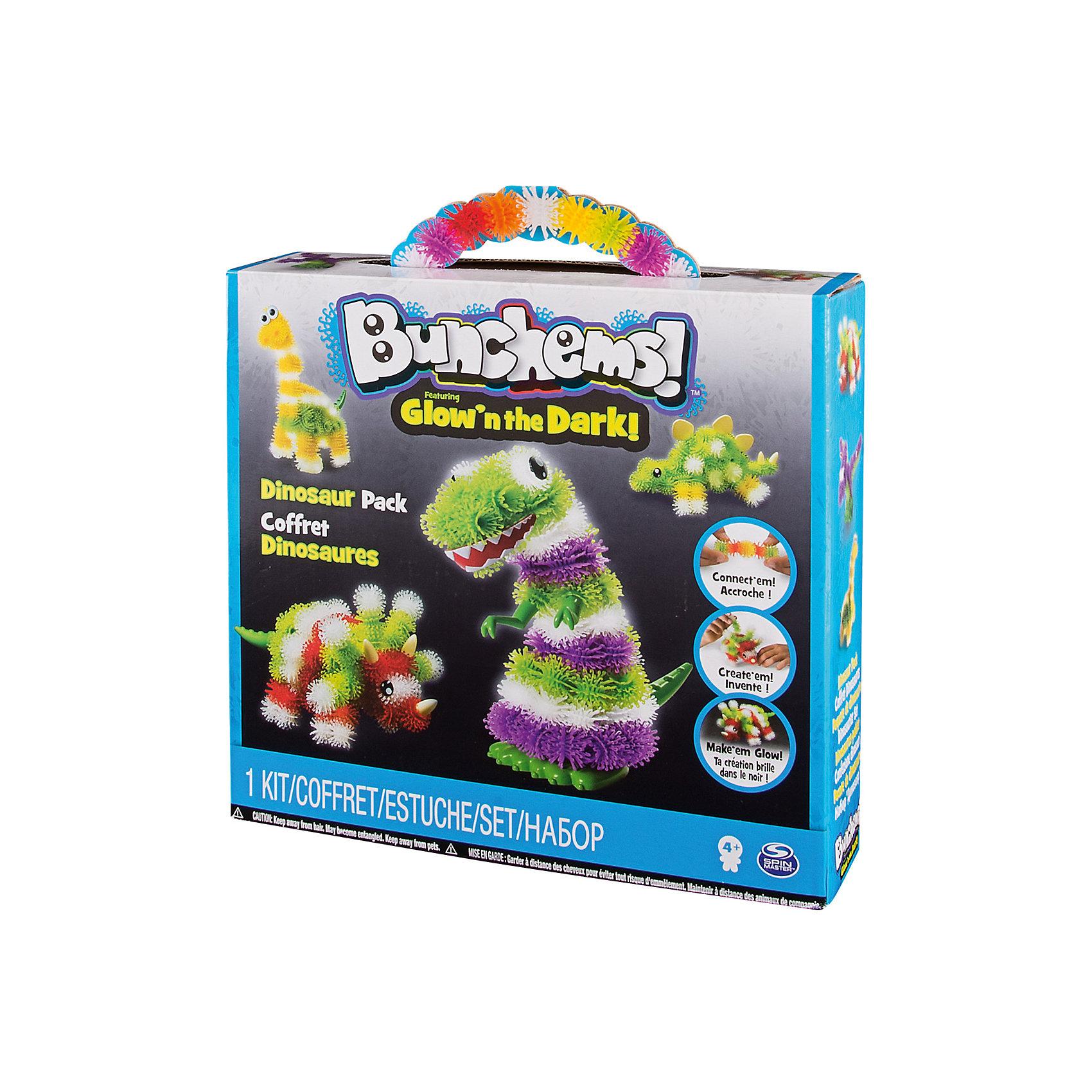 Тематический набор Динозавр (светится в темноте), BunchemsПластмассовые конструкторы<br>Тематический набор Динозавр (светится в темноте), Bunchems (Банчемс).<br><br>Характеристики:<br><br>- Возраст: от 4 лет<br>- Для мальчиков и девочек<br>- В наборе: 40 светящихся в темноте белых шариков Bunchems, 40 зеленых шариков Bunchems, 40 фиолетовых шариков Bunchems, 40 желтых шариков Bunchems, 40 красных шариков Bunchems, 14 дополнительных аксессуаров (глаза, шипы, зубы, лапы, хвост, иллюстрированная инструкция<br>- Диаметр шарика Bunchems: 2 см.<br>- Материал: мягкий качественный нетоксичный пластик, окрашенный в яркие цвета гипоаллергенными красителями<br>- Упаковка: картонная коробка с ручкой<br>- Размер упаковки: 28х25х7 см.<br><br>С помощью набора Bunchems (Банчемс) Динозавр ваш ребенок соберет фигурки 4 известных ящеров – стегозавра, тираннозавра, бронтозавра и трицератопса - схемы сборки, для которых представлены в инструкции. А также, применив свою фантазию и воображение, множество других интересных фигурок. Фигурки получатся яркими, полосатыми и пятнистыми, а дополнительные аксессуары сделают образ животного более забавным. Элементы набора - шарики - с помощью мини-крючков легко соединяются между собой и также легко разъединяются, как репейник. В результате горсти таких шариков можно придавать разнообразную форму. Для лучшего сцепления необходимо как можно плотнее прижимать детали. Получившиеся модели не разваливаются, с ними можно играть дома, на улице, в ванной – где угодно! Шарики окрашены в 4 цвета: желтый, зеленый, красный, фиолетовый. Еще одна группа шариков – фосфорные белые, благодаря чему готовые поделки светятся в темноте. Выключите лампу и смотрите, как происходят чудеса! Элементы набора выполнены из мягкого безопасного пластика, в центре шариков находятся отверстия для аксессуаров. Набор отлично развивает фантазию и пространственное мышление ребенка. С набором не рекомендуется играть детям младше 4 лет. Перед игрой у девочек волосы следует собрать в хво