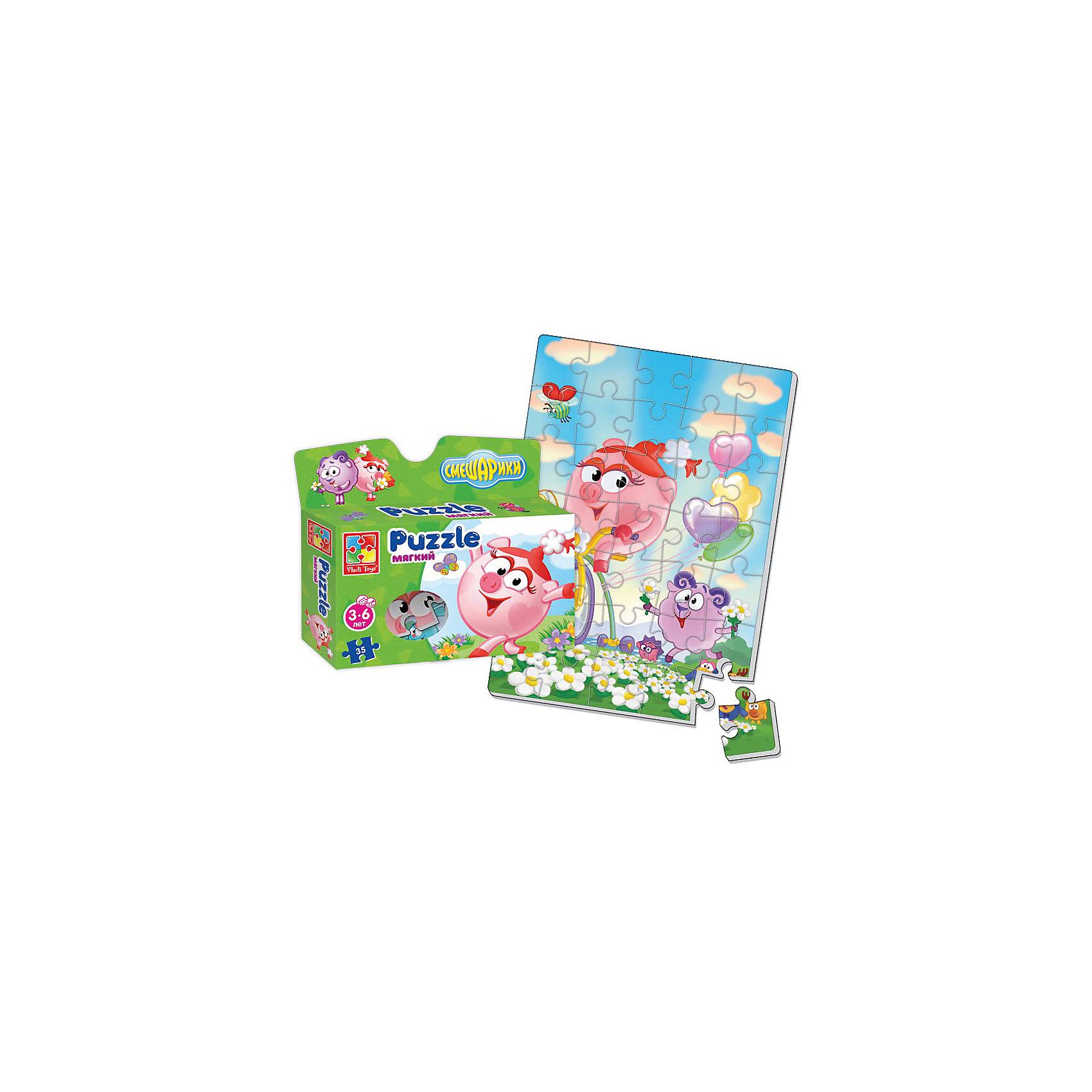 Мягкие пазлы А4 Смешарики, в коробке, Vladi ToysСмешарики<br>Характеристики:<br><br>• Вид игр: развивающие<br>• Серия: пазлы-картинки<br>• Пол: универсальный<br>• Материал: полимер, картон<br>• Цвет: голубой, зеленый, сиреневый, розовый и др.<br>• Комплектация: 1 пазл из 35-ти элементов<br>• Размеры (Д*Ш*В): 19*4,5*22 см<br>• Тип упаковки: картонная коробка<br>• Вес: 75 г<br><br>Мягкие пазлы А4 Смешарики, в коробке, Vladi Toys, производителем которых является компания, специализирующаяся на выпуске развивающих игр, давно уже стали популярными среди аналогичной продукции. Мягкие пазлы – идеальное решение для развивающих занятий с самыми маленькими детьми, так как они разделены на большие элементы с крупными изображениями, чаще всего в качестве картинок используются герои популярных мультсериалов. Самое важное в пазле для малышей – это минимум деталей и безопасность элементов. Все используемые в производстве материалы являются экологически безопасными, не вызывают аллергии, не имеют запаха. Пазл А4 Смешарики, в коробке, Vladi Toys, представляет собой сюжетную картинку размером А4, которая состоит из 35-и крупных элементов с изображением Нюши, Бараша и Кар Карыча на цветочной поляне из мультфильма Смешарики. <br>Занятия с мягкими пазлами от Vladi Toys способствуют развитию не только мелкой моторики, но и внимательности, усидчивости, терпению при достижении цели. Кроме того, по собранной картинке можно составлять рассказ, что позволит развивать речевые навыки, память и воображение.<br><br>Мягкие пазлы А4 Смешарики, в коробке, Vladi Toys, можно купить в нашем интернет-магазине.<br><br>Ширина мм: 190<br>Глубина мм: 45<br>Высота мм: 220<br>Вес г: 75<br>Возраст от месяцев: 24<br>Возраст до месяцев: 60<br>Пол: Унисекс<br>Возраст: Детский<br>SKU: 5136082