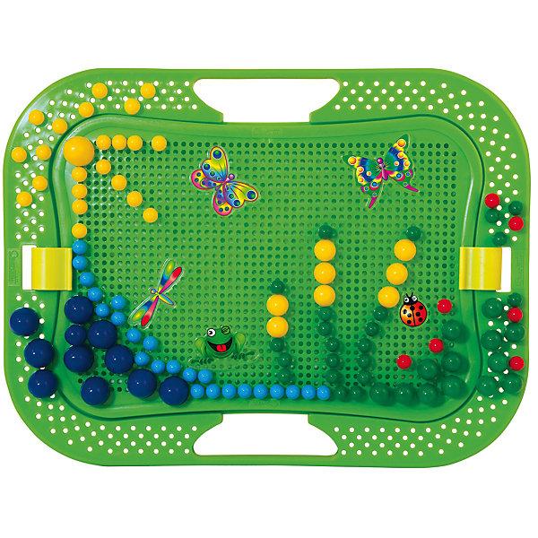 Мозайка Летний  сад, 200 деталей, QuercettiМозаика<br>Мозайка Летний  сад, 200 деталей, Quercetti (Кверсетти).<br><br>Характеристики:<br><br>- В наборе: 200 гвоздиков 2-х разных размеров 10 и 20 мм, 16 дополнительных фигурных элементов с наклейками в форме обитателей летней лужайки (2 одинаковых набора по 8 штук), чемоданчик для хранения, основа для мозаики, держатель, цветной буклет<br>- Размер игрового поля: 25 х 16,5 см.<br>- Цвета: красный, желтый, темно-зеленый, голубой<br>- Персонажи: 2 бабочки, 2 цветка, божья коровка, стрекоза, лягушка и улитка<br>- Материал: безопасный пластик, окрашенный нетоксичными красками<br>- Упаковка: картонная коробка<br>- Размер упаковки: 35,5 х 28 х 5,5 см.<br>- Вес: 810 гр.<br><br>Мозаика Летний сад приведет в восторг вашего ребенка и не позволит ему скучать. Комбинируя яркие разноцветные детали разного диаметра, ребенок может собирать на зеленом игровом поле дивный сказочный сад. Из базовых деталей он сложит цветы и зеленую травку, а между ними поместит бабочек и других персонажей. Для каждой из фигурок предусмотрена цветная чудо-наклейка, которая «оживает», если смотреть на нее под разными углами. Мозаику легко взять с собой куда угодно, поскольку она упакована в удобный чемоданчик-планшет. Его крышка – это игровое поле с множеством дырочек. За специальные ручки чемоданчик можно легко переносить с места на место, игровое поле при этом фиксируется замочками. На полях чемоданчика есть дополнительное место для игры. Также имеется держатель, который позволяет устанавливать чемоданчик в вертикальное положение. Детали мозаики изготовлены из прочного гладкого пластика с глянцевой поверхностью, а игровое поле – из мягкого и гибкого пластика. Собирание мозаики развивает у детей цветовосприятие, творческие способности, внимание, усидчивость и мелкую моторику.<br><br>Мозайку Летний  сад, 200 деталей, Quercetti (Кверсетти) можно купить в нашем интернет-магазине.<br><br>Ширина мм: 360<br>Глубина мм: 60<br>Высота мм: 280<br>Вес г: 882<br>Воз