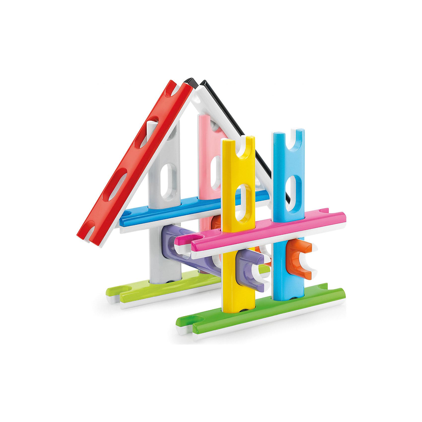 Строительный конструктор для самых маленьких, 12 деталей, QuercettiПластмассовые конструкторы<br>Строительный конструктор для самых маленьких, 12 деталей, Quercetti (Кверсетти).<br><br>Характеристики:<br><br>- В наборе: 12 разноцветных деталей в виде строительных блоков-досок<br>- Материал: высококачественный пластик, окрашенный нетоксичными красками<br>- Упаковка: картонная коробка<br>- Размер упаковки: 30 х 30 х 4 см.<br>- Вес: 1250 гр.<br><br>Строительный конструктор Quercetti (Кверсетти), несомненно, заинтересует вашего малыша. Он разработан специально для самых маленьких детей. Каждая из деталей конструктора имеет по два отверстия, с помощью которых можно закреплять другие детали в разных плоскостях. Края деталей имеют выемки, с помощью которых элементы соединяются в длину, в одной плоскости. Ваш малыш сможет создать самые простые конструкции, не требующие соединения деталей, такие как: заборчик или геометрические фигуры в одной плоскости, можно построить дорогу или небоскреб. Продевая детали, сквозь специальные отверстия, можно создавать объемные конструкции, такие как куб или домик. Строительный конструктор для самых маленьких активизирует мыслительный процесс, развивает воображение, внимание, цветовосприятие, знакомит с понятиями плоскость и объем. Удобные детали изготовлены из безопасного пластика, окрашены нетоксичными гипоаллергенными красками, легко моются.<br><br>Строительный конструктор для самых маленьких, 12 деталей, Quercetti (Кверсетти) можно купить в нашем интернет-магазине.<br><br>Ширина мм: 300<br>Глубина мм: 40<br>Высота мм: 300<br>Вес г: 745<br>Возраст от месяцев: 60<br>Возраст до месяцев: 2147483647<br>Пол: Унисекс<br>Возраст: Детский<br>SKU: 5140069
