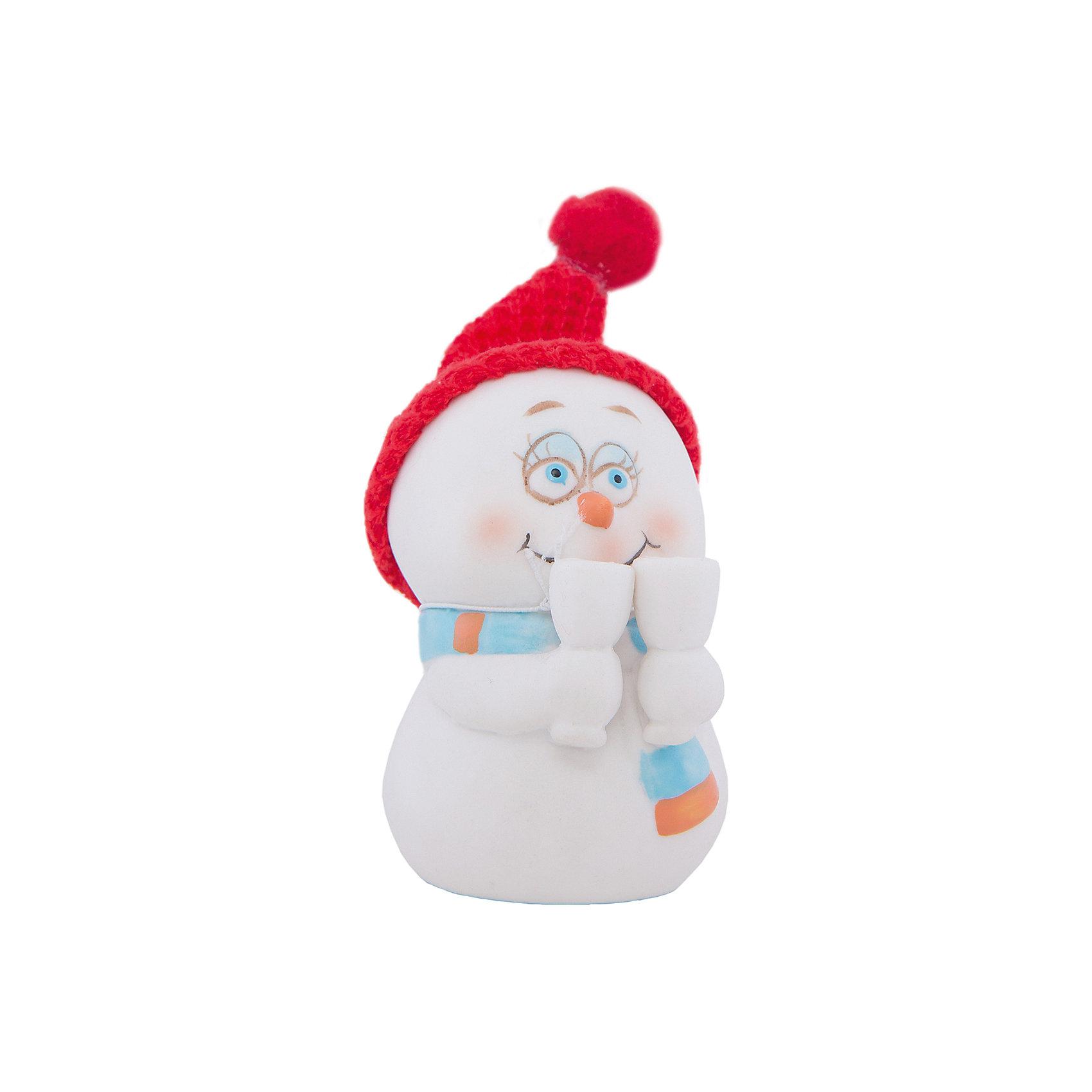 Новогодняя фигурка снеговика Снеговик с бокаламиНовогодняя фигурка снеговика Снеговик с бокалами арт.38338/120 (цв. карт.8см, керамика)<br><br>Ширина мм: 80<br>Глубина мм: 70<br>Высота мм: 90<br>Вес г: 138<br>Возраст от месяцев: 60<br>Возраст до месяцев: 600<br>Пол: Унисекс<br>Возраст: Детский<br>SKU: 5144557