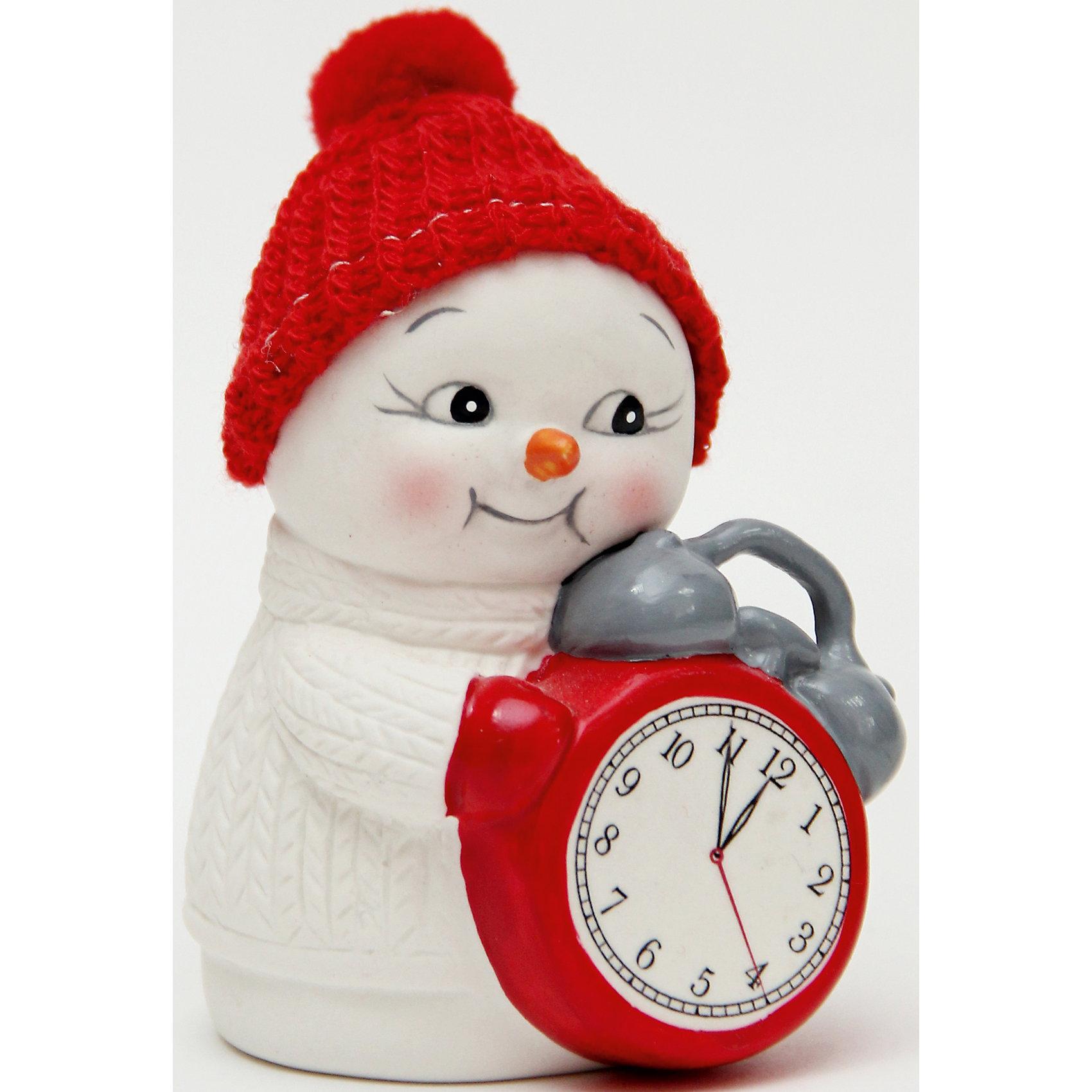 Новогодняя фигурка снеговика Снеговик и часы  (8см, керамика)Новогодняя фигурка снеговика Снеговик и часы  арт.41749 (8см, керамика) / 8 арт.41749<br><br>Ширина мм: 55<br>Глубина мм: 60<br>Высота мм: 80<br>Вес г: 126<br>Возраст от месяцев: 60<br>Возраст до месяцев: 600<br>Пол: Унисекс<br>Возраст: Детский<br>SKU: 5144565