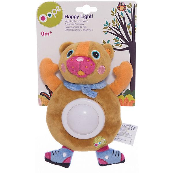 Игрушка-ночник Медвежонок, OopsДетские предметы интерьера<br>Характеристики игрушки-ночника Медвежонок:<br><br>- тип ночника: детский<br>- год выпуска: 2015<br>- назначение: освещение детских комнат<br>- крепление: настольное<br>- количество ламп: 1 шт.<br>- материал плафона: пластик<br>- электропитание 2 ААА<br>- форм-фактор батареи: AAA (LR03)<br>- количество элементов питания: 2 шт.<br>- комплектация ночник: 3 батарейки АА<br>- размеры, ночника: - 20 * 16 * 4 см<br>- размер упаковки (дхшхв): 27 * 16 * 6 см<br>- вес в упаковке: 105 г<br>- производитель: Oops (Китай).<br>- необходимо докупить 2 батарейки напряжением 1,5V типа ААA (не входят в комплект).<br><br>Мягкая игрушка-ночник торговой марки Oops Медвежонок порадует Вашего малыша и поможет создать спокойную обстановку перед сном. <br>Игрушка-ночник выполнена из мягкого, приятного на ощупь текстильного материала, и имеет светильник из прочного пластика на животе, поэтому она не только разнообразит игры малыша днем, но и поможет крохе быстро заснуть ночью. Нажмите на животик игрушки - и светильник начнет светиться мягким светом. Ночник может менять цвета: от зеленого до красного, синего и желтого. Игрушка изготовлена из экологически чистых материалов, поэтому абсолютно безопасна для Вашего малыша. С таким ночником ребенку никогда не будет скучно. Яркие цвета и элементы будут способствовать развитию цветового и слухового восприятия, тактильных ощущений, моторики и мыслительной деятельности. С мягкой игрушкой-ночником торговой марки Oops Медвежонок Вашему ребенку никогда не будет скучно.<br>Красочный и практичный ночник-игрушка подойдет для малышей с рождения, и станет прекрасным подарком для родителей, ведь он поможет ему справиться с боязнью темноты, успокоит малыша, и сделает его сон крепким и здоровым.<br><br>Мягкую игрушку-ночник торговой марки Oops Медвежонок торговой    марки  Oops можно купить в нашем интернет-магазине.<br>Ширина мм: 160; Глубина мм: 60; Высота мм: 270; Вес г: 225; Возраст от месяцев: 24; 