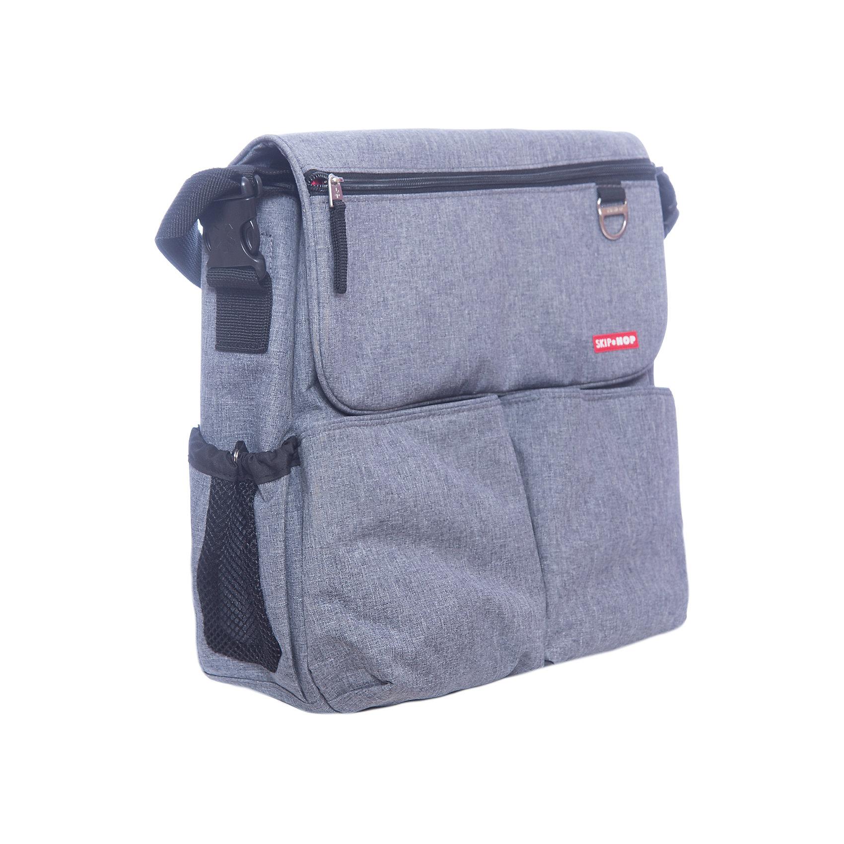 Сумка для мамы на коляску, Skip HopАксессуары для колясок<br>Характеристики сумки для мамы на коляску:<br><br>- надежно крепится на ручке коляски или удобно носится через плечо<br>- запатентованная система крепления сумки к коляске (shuttle clips) делает duo идеальной сумкой для любой коляски<br>- прочная, износостойкая, легко стирающаяся ткань – duo будет выглядеть как новая даже через несколько лет после покупки<br>- в комплекте с сумкой – переходники на коляску и мягкий пеленальный матрасик<br>- в комплекте с сумкой версии jonathan adler – переходники, матрасик и косметичка<br>- большие боковые карманы для бутылочек<br>- мягкая, эргономичная накладка на плечевой ремень<br>- 11 карманов, включая «родительский» карман на молнии<br>- специальное отделение для мобильного телефона<br>- светлый материал внутренней подкладки для удобного поиска того, что в сумке<br>- размеры сумки (ширина х длина х высота): 33 * 11 * 35 см<br><br>Сумка для мамы на коляску торговой марки SkipHop имеет многочисленные карманы, которые делают эту стильную сумку незаменимой помощницей современных родителей. В сумке запросто уместится все, что может понадобиться на прогулке ребенку и родителям: сменные памперсы, игрушки, бутылочки и еда. <br>Отдельные карманы помогут сохранить Ваши записные книжки, мобильные телефоны, ключи и кошелек чистыми и сухими. С помощью запатентованных креплений Shuttle Clips DUO быстро и легко превращается из обычной сумки в сумку для коляски и обратно в обычную сумку – специальные крепления на ручку коляски практически не заметны, а плечевая лямка изящно скрывается в сумке.<br><br>Сумку для мамы на коляску торговой марки SkipHop (Скип Хоп) можно купить в нашем интернет-магазине.<br><br>Ширина мм: 370<br>Глубина мм: 370<br>Высота мм: 150<br>Вес г: 867<br>Возраст от месяцев: 0<br>Возраст до месяцев: 600<br>Пол: Унисекс<br>Возраст: Детский<br>SKU: 5146701