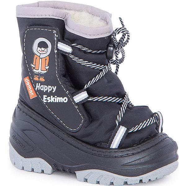 Сноубутсы Happy Eskimo для мальчика DEMARСноубутсы<br>Характеристики товара:<br><br>• цвет: серый<br>• материал верха: текстиль<br>• материал подкладки: 100% натуральная шерсть <br>• материал подошвы: ТЭП<br>• температурный режим: от -20° до 0° С<br>• верх не продувается, пропитка от грязи и влаги<br>• анискользящая подошва<br>• застежка: шнурок<br>• толстая устойчивая подошва<br>• усиленные пятка и носок<br>• страна бренда: Польша<br>• страна изготовитель: Польша<br><br>Зима - это время катания с горок, игр в снежки, лепки снеговиков и прогулок в снегопад! Чтобы не пропустить главные зимние удовольствия, нужно запастись теплой и удобной обувью. Такие сапожки обеспечат ребенку необходимый для активного отдыха комфорт, а подкладка из натуральной овечьей шерсти позволит ножкам оставаться теплыми. Сапожки легко надеваются и снимаются, отлично сидят на ноге. Они удивительно легкие!<br>Обувь от польского бренда Demar - это качественные товары, созданные с применением новейших технологий и с использованием как натуральных, так и высокотехнологичных материалов. Обувь отличается стильным дизайном и продуманной конструкцией. Изделие производится из качественных и проверенных материалов, которые безопасны для детей.<br><br>Сапоги от бренда Demar (Демар) можно купить в нашем интернет-магазине.<br><br>Ширина мм: 257<br>Глубина мм: 180<br>Высота мм: 130<br>Вес г: 420<br>Цвет: черный/серый<br>Возраст от месяцев: 60<br>Возраст до месяцев: 72<br>Пол: Мужской<br>Возраст: Детский<br>Размер: 28/29,22/23,26/27,20/21,24/25<br>SKU: 5146975
