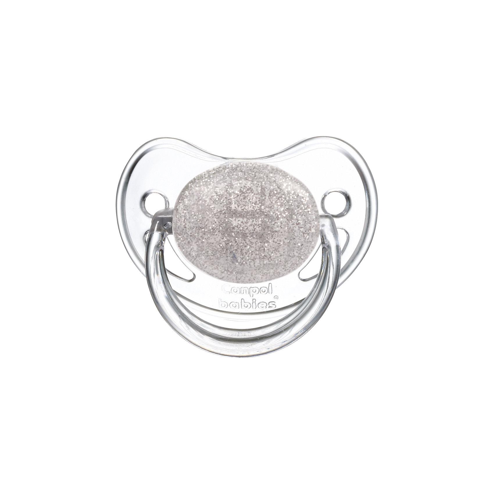Пустышка круглая латексная, 0-6 Moonlight, Canpol Babies, серыйХарактеристики:<br><br>• Наименование: пустышка<br>• Пол: для девочки<br>• Материал: латекс, пластик<br>• Цвет: белый, серый<br>• Форма: круглая<br>• Наличие отверстий для вентиляции<br>• Наличие кольца для держателя<br>• Особенности ухода: регулярная стерилизация и своевременная замена<br><br>Пустышка круглая латексная, 0-6 Moonlight, Canpol Babies, серый имеет специальную форму, которая обеспечивает правильное давление на небо. Изготовлена из качественных и безопасных материалов. При правильном уходе обеспечивает длительное использование. У соски имеется ограничитель классической круглой формы с отверстиями для вентиляции и кольцо для держателя. Пустышка круглая латексная, 0-6 Moonlight, Canpol Babies, серый выполнена в стильном дизайне с эффектом серебристого мерцания.<br><br>Пустышку круглую латексную, 0-6 Moonlight, Canpol Babies, серую можно купить в нашем интернет-магазине.<br><br>Ширина мм: 95<br>Глубина мм: 45<br>Высота мм: 155<br>Вес г: 110<br>Возраст от месяцев: 0<br>Возраст до месяцев: 6<br>Пол: Женский<br>Возраст: Детский<br>SKU: 5156631