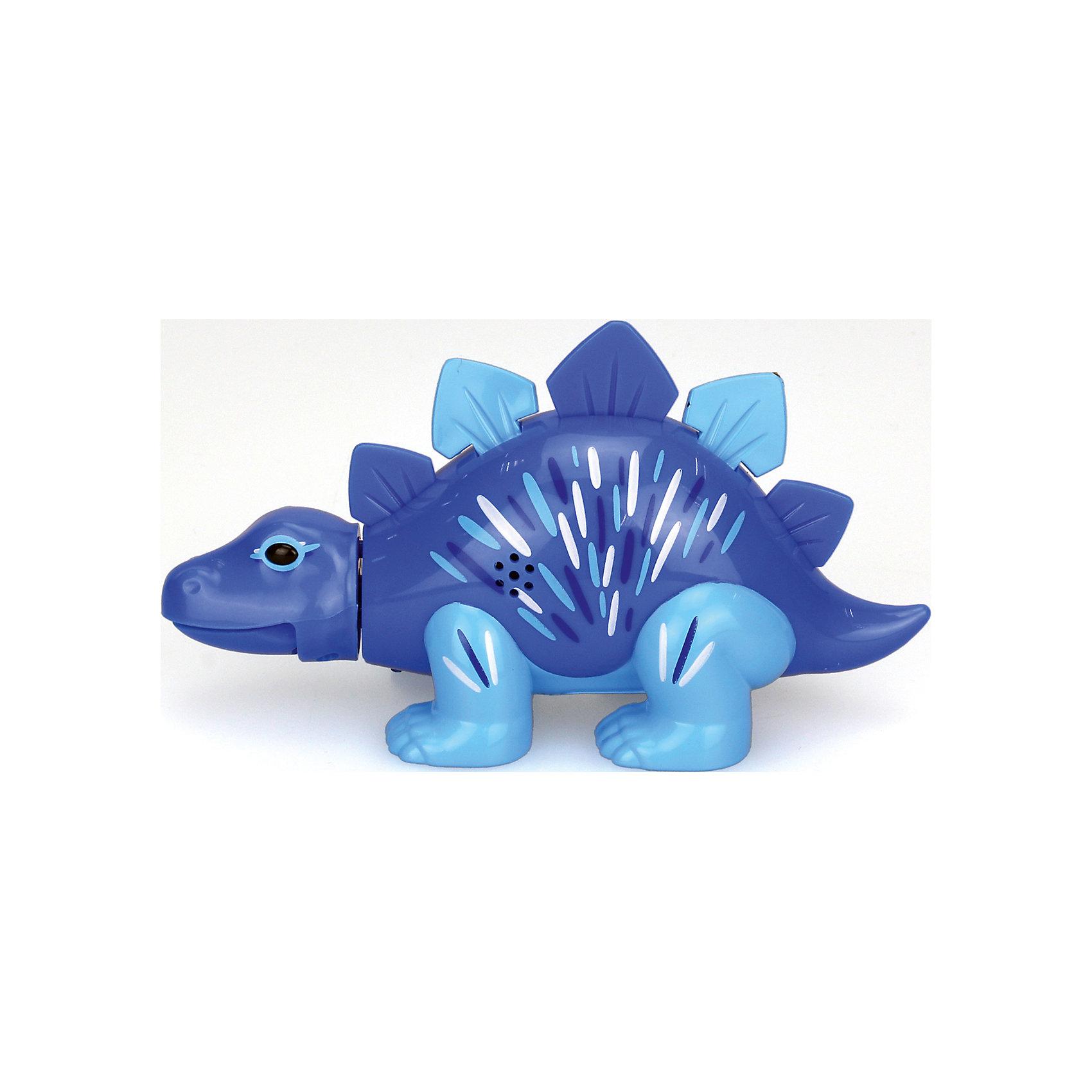 Поющий динозавр Digi Dinos, Стегозавр SimonХарактеристики товара:<br><br>- цвет: синий;<br>- материал: пластик, металл;<br>- батарейки: 3xAG13/LR44, в комплекте;<br>- размер упаковки: 16x10x7 см;<br>- габариты игрушки: 6,5x10x15 см;<br>- умеет петь, рычать, записывать звуки, шевелить головой и хвостом.<br><br>Такая игрушка в виде динозавра поможет ребенку весело проводить время - динозавр умеет петь, рычать, записывать звуки, шевелить головой и хвостом. Это выглядит очень забавно! Игрушка реагирует на звук от специального свистка, который входит в комплект. Также можно приобрести другие игрушки из этой серии - тогда они будут петь хором!<br>Динозавр способен помогать всестороннему развитию ребенка: развивать тактильное восприятие, мелкую моторику, воображение, внимание и логику. Изделие произведено из качественных материалов, безопасных для ребенка. Набор станет отличным подарком детям!<br><br>Игрушку Стегозавр, синий, от бренда DigiBirds можно купить в нашем интернет-магазине.<br><br>Ширина мм: 115<br>Глубина мм: 150<br>Высота мм: 62<br>Вес г: 128<br>Возраст от месяцев: 36<br>Возраст до месяцев: 2147483647<br>Пол: Унисекс<br>Возраст: Детский<br>SKU: 5156844