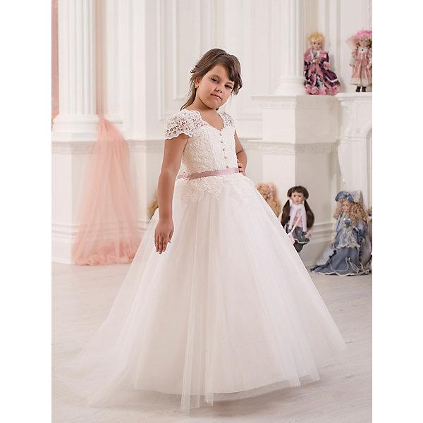Платье нарядное ПрестижОдежда<br>Платье для девочки Престиж.<br><br>Характеристики:<br><br>• пышный силуэт<br>• без рукавов<br>• состав: 100% полиэстер<br>• цвет: бежевый<br><br>Платье для девочки Престиж имеет длинную пышную юбку и кружевной верх, декорированный пуговицами. Модель красиво сидит по фигуре и дополнена тонким контрастным поясом. Прекрасный выбор для торжества!<br><br>Платье регулируется шнуровкой сзади, от талии до верха спинки. Шнуровка в комплекте.<br>Платье подходит для занятий бальными танцами.<br><br>Платье для девочки Престиж вы можете купить в нашем интернет-магазине.<br><br>Ширина мм: 236<br>Глубина мм: 16<br>Высота мм: 184<br>Вес г: 177<br>Цвет: бежевый<br>Возраст от месяцев: 108<br>Возраст до месяцев: 120<br>Пол: Женский<br>Возраст: Детский<br>Размер: 128,122<br>SKU: 5158417