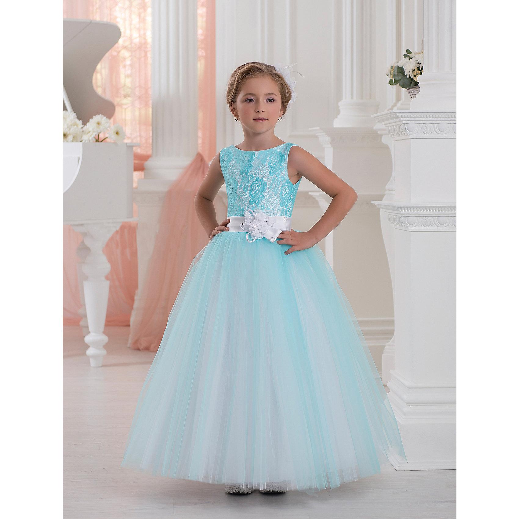 Платье нарядное ПрестижПлатье для девочки Престиж.<br><br>Характеристики:<br><br>• пышный силуэт<br>• без рукавов<br>• корсет<br>• состав: 100% полиэстер<br>• цвет: бирюзовый<br><br>Платье для девочки Престиж имеет пышный силуэт и лиф-корсет. Кружевная вышивка темного цвета на лифе отлично сочетается с пышной юбкой светлого и темного оттенка. Пояс платья украшен бантом со стразами. Яркое красивое платье - прекрасный вариант для торжественного мероприятия!<br><br>Платье регулируется шнуровкой сзади, от талии до верха спинки. Шнуровка в комплекте.<br>Платье подходит для занятий бальными танцами.<br><br>Вы можете купить платье для девочки Престиж в нашем интернет-магазине.<br><br>Ширина мм: 236<br>Глубина мм: 16<br>Высота мм: 184<br>Вес г: 177<br>Цвет: бирюзовый<br>Возраст от месяцев: 108<br>Возраст до месяцев: 120<br>Пол: Женский<br>Возраст: Детский<br>Размер: 128,122<br>SKU: 5158425