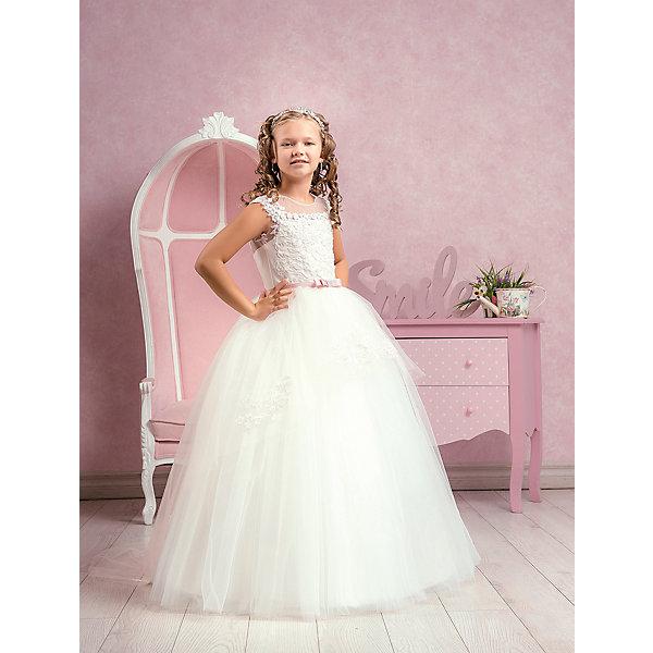 Платье нарядное ПрестижОдежда<br>Платье для девочки Престиж.<br><br>Характеристики:<br><br>• пышный силуэт<br>• без рукавов<br>• корсет<br>• состав: 100% полиэстер<br>• цвет: молочный<br><br>Стильное платье для девочки Престиж имеет пышный силуэт и лиф-корсет. Верх и подол платья украшены вышивкой. Пояс платья выполнен в виде бантика. Это платье поможет девочке почувствовать себя настоящей волшебницей!<br><br>Платье регулируется шнуровкой сзади, от талии до верха спинки. Шнуровка в комплекте.<br>Платье подходит для занятий бальными танцами.<br><br>Платье для девочки Престиж можно купить в нашем интернет-магазине.<br><br>Ширина мм: 236<br>Глубина мм: 16<br>Высота мм: 184<br>Вес г: 177<br>Цвет: белый<br>Возраст от месяцев: 120<br>Возраст до месяцев: 132<br>Пол: Женский<br>Возраст: Детский<br>Размер: 128,134,122<br>SKU: 5158432