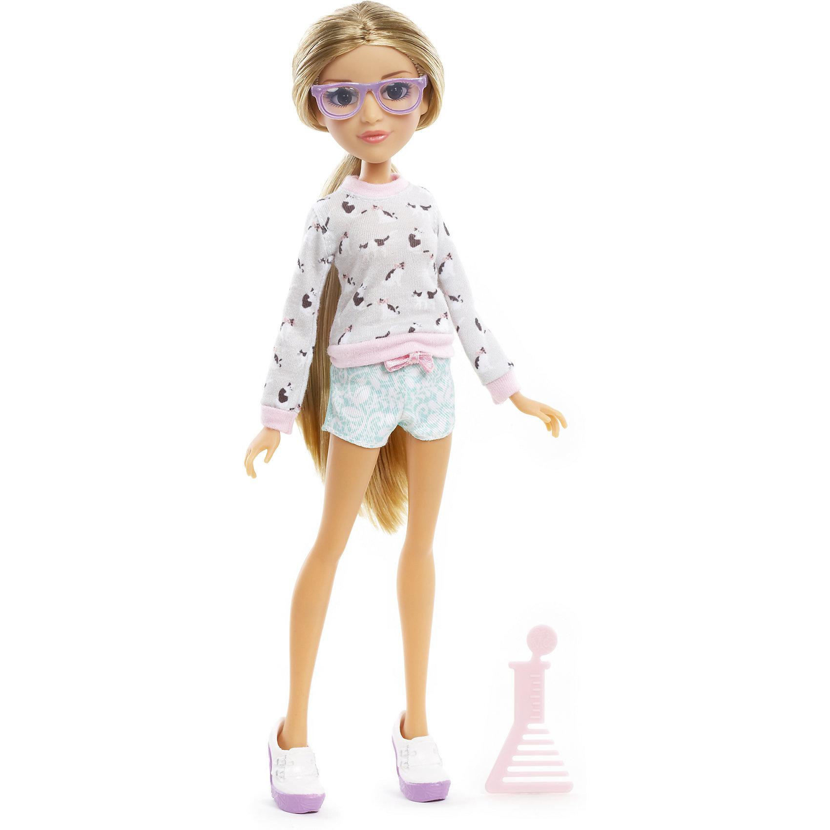 Базовая кукла Адрианна, Project MС2Бренды кукол<br>Базовая кукла Адрианна, Project MС2 (Проджект МСи2).<br><br>Характеристики:<br><br>• Размер куклы - 30 см.<br>• Вес: 0,2 кг.<br>• В комплекте: кукла, расческа.<br>• Материал: пластик, текстиль.<br>• Подвижные суставы: бедра, плечи, шея.<br><br>Кукла Адрианна – это героиня популярного сериала «Project MС2»,девизом которого является «Быть умной – модно!». Куколка  одета в стильный повседневный наряд. На ней  короткие голубые шортики и симпатичный бело-розовый свитер. Законченный вид образу придает обувь – белые ботиночки и очки розового цвета. Длинные реснички, очень «живые» глазки и выразительные черты лица – придают кукле реалистичный вид. Роскошные, вьющиеся белокурые  волосы ваша девочка сможет .расчесывать и укладывать в затейливые прически. Такая куколка станет желанным подарком для вашей девочки!<br><br>Базовую  куклу Адрианна, Project MС2, можно купить в нашем интернет – магазине.<br><br>Ширина мм: 180<br>Глубина мм: 330<br>Высота мм: 70<br>Вес г: 355<br>Возраст от месяцев: 72<br>Возраст до месяцев: 2147483647<br>Пол: Женский<br>Возраст: Детский<br>SKU: 5163446