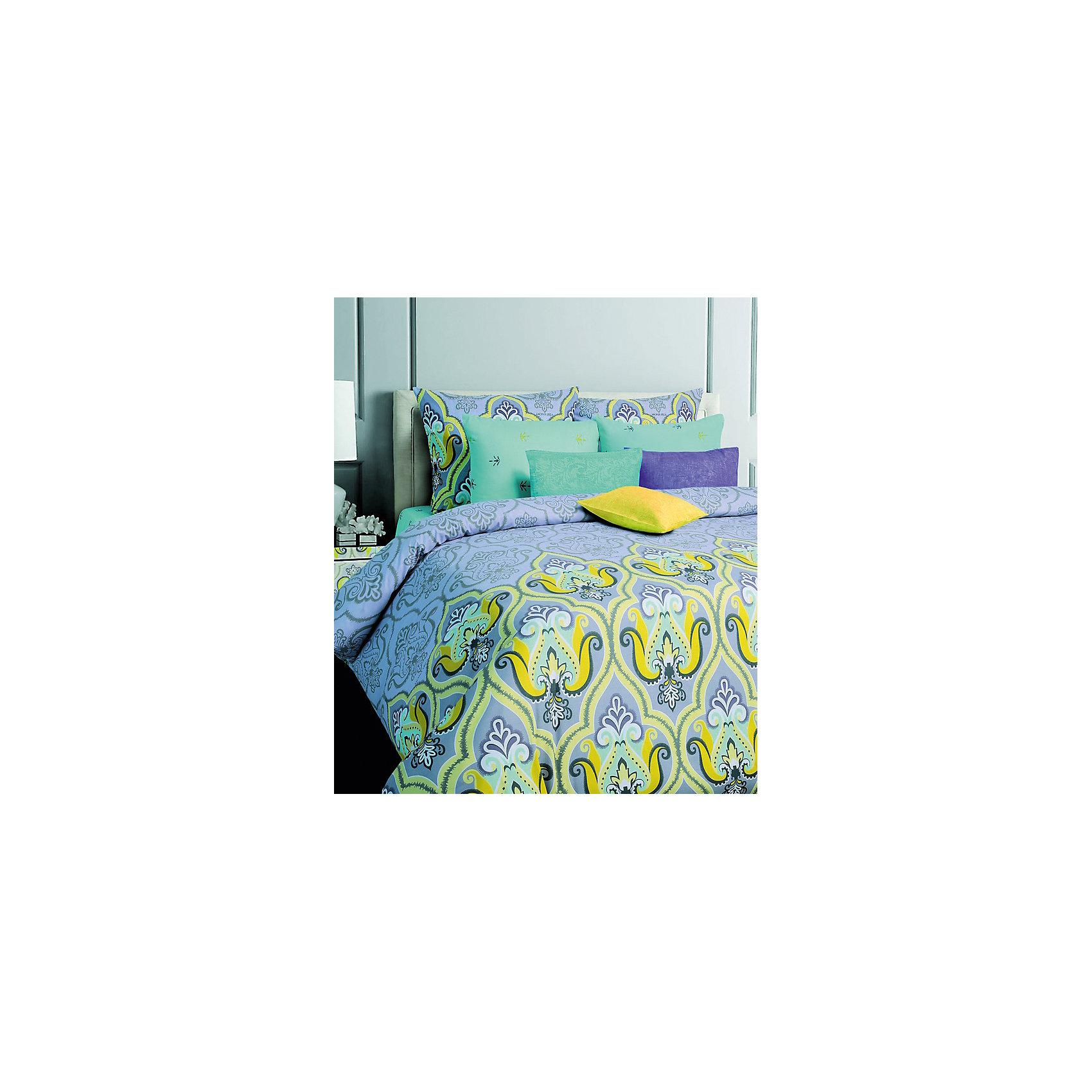 Постельное белье Darina, 1,5-спальный, 70*70, Mona LizaДомашний текстиль<br>Характеристики:<br><br>• Вид домашнего текстиля: постельное белье<br>• Тип постельного белья по размерам: 1,5 сп<br>• Серия: Mona Liza Classic<br>• Сезон: круглый год<br>• Материал: бязь <br>• Цвет: сиреневый, голубой, желтый, белый<br>• Комплектация: <br> пододеяльник на пуговицах – 1 шт. 145*210 см <br> простынь – 1 шт. 150*215 см<br> наволочки – 2 шт. (70*70 см)<br>• Тип упаковки: книжка <br>• Вес в упаковке: 1 кг 600 г<br>• Особенности ухода: машинная стирка при температуре 30 градусов<br><br>Постельное белье 1,5сп Darina 70*70, Mona Liza изготовлено под отечественным торговым брендом, выпускающим постельное белье из натуральных тканей. Комплект выполнен из 100 % бязи, отличающейся высокими характеристиками не только прочности самого полотна, но и устойчивости окраски, которая выполняется по особой технологии. Комплектсостоит из 4-х предметов. Постельное белье выполнено в ярком дизайне с рисунком из восточного орнамента. <br>Постельное белье 1,5сп Darina 70*70, Mona Liza – домашний текстиль, соответствующий международным стандартам качества и безопасности!<br><br>Постельное белье 1,5сп Darina 70*70, Mona Liza можно купить в нашем интернет-магазине.<br><br>Ширина мм: 290<br>Глубина мм: 70<br>Высота мм: 370<br>Вес г: 1400<br>Возраст от месяцев: 84<br>Возраст до месяцев: 216<br>Пол: Женский<br>Возраст: Детский<br>SKU: 5165672