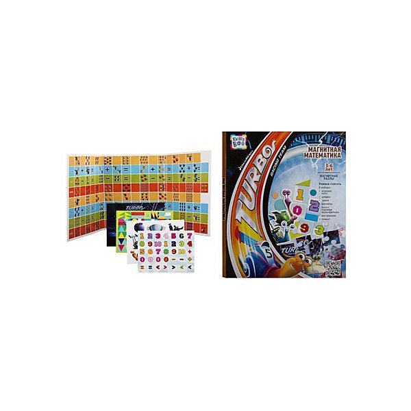Магнитная книжка Турбо Магнитная математика 43x24 смПособия для обучения счёту<br>Характеристики товара:<br><br>• материал: полимер, металл, магнит<br>• размер: 43х34х5 см<br>• вес: 740 г<br>• комплектация: игровое поле, магнитные фишки, игровой кубик, дополнительные магнитные персонажи, инструкция, постер<br>• развивающая, настольная<br>• возраст: от трех лет<br>• страна бренда: Финляндия<br>• страна изготовитель: Китай<br><br>Эта книжка станет отличным подарком малышам! Такой набор сделает учебу легче и интереснее. С помощью этой игры ребенок не только весело проведет время, он легко освоит цифры и счет, разные цвета и формы, будет тренировать внимательность, абстрактное мышление, логику, усидчивость. Книжка будет полезна малышам от трех лет - она позволяет обучаться в игре.<br>Развивающая игрушка выпущена в удобном формате, в яркой приятной расцветке. Изделие производится из качественных и проверенных материалов, которые безопасны для детей.<br><br>Магнитную книжку Турбо Магнитная математика от бренда KriBly Boo можно купить в нашем интернет-магазине.<br>Ширина мм: 430; Глубина мм: 340; Высота мм: 5; Вес г: 925; Возраст от месяцев: 36; Возраст до месяцев: 84; Пол: Унисекс; Возраст: Детский; SKU: 5167819;