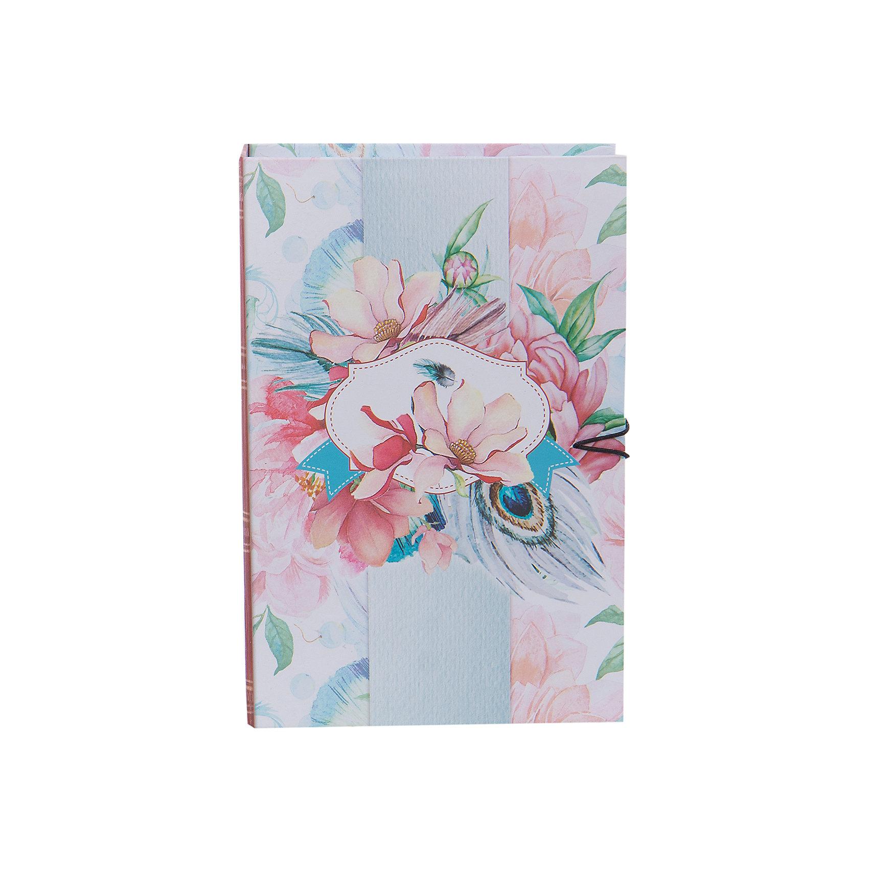 Коробка подарочная ЦВЕТЫ И ПАВЛИНЬИ ПЕРЬЯ, S 18х12х5, Феникс-ПрезентПредметы интерьера<br>Подарочная коробка Цветы и павлиньи перья S, 18х12х5, Феникс-Презент.<br><br>Характеристика:<br><br>• Материал: картон (мелованный, ламинированный).<br>• Плотность картона: 1100 г/м2. <br>• Размер: 18х12х5 см. <br>• Яркий привлекательный дизайн. <br>• Рисунок на внутренней и наружной части. <br><br>Оригинально оформленная коробка-шкатулка станет прекрасным дополнение к основному подарку или же отличным сувениром на любой праздник. <br><br>Подарочную коробку Цветы и павлиньи перья S, 18х12х5, Феникс-Презент, можно купить в нашем интернет-магазине.<br><br>Ширина мм: 180<br>Глубина мм: 120<br>Высота мм: 50<br>Вес г: 113<br>Возраст от месяцев: 12<br>Возраст до месяцев: 1188<br>Пол: Унисекс<br>Возраст: Детский<br>SKU: 5168413