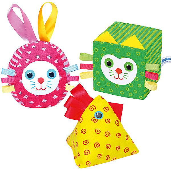 Яркий набор Веселая дидактика, МякишиИгровые наборы с фигурками<br>Характеристики товара:<br><br>• материал: хлопок, холлофайбер, поролон, гранулы<br>• комплектация: кубика, пирамидка, мяч<br>• размер игрушки: 7-10 см<br>• размер упаковки: 29х19х7 см<br>• развивающая игрушка<br>• упаковка: пакет<br>• страна бренда: РФ<br>• страна изготовитель: РФ<br><br>Малыши активно познают мир и тянутся к новой информации. Чтобы сделать процесс изучения окружающего пространства интереснее, ребенку можно подарить развивающие игрушки. В процессе игры информация усваивается намного лучше!<br>Такие кубики в виде животных помогут занять малыша, играть ими приятно и весело. Одновременно они позволят познакомиться со многими цветами, формами, фактурами и предметами, которые ребенку предстоит встретить. Такие игрушки развивают тактильные ощущения, моторику, цветовосприятие, логику, воображение, учат фокусировать внимание. Каждое изделие абсолютно безопасно – оно создано из качественной ткани с мягким наполнителем. Игрушки производятся из качественных и проверенных материалов, которые безопасны для детей.<br><br>Яркий набор Веселая дидактика от бренда Мякиши можно купить в нашем интернет-магазине.<br>Ширина мм: 290; Глубина мм: 185; Высота мм: 70; Вес г: 120; Возраст от месяцев: 12; Возраст до месяцев: 36; Пол: Унисекс; Возраст: Детский; SKU: 5183181;