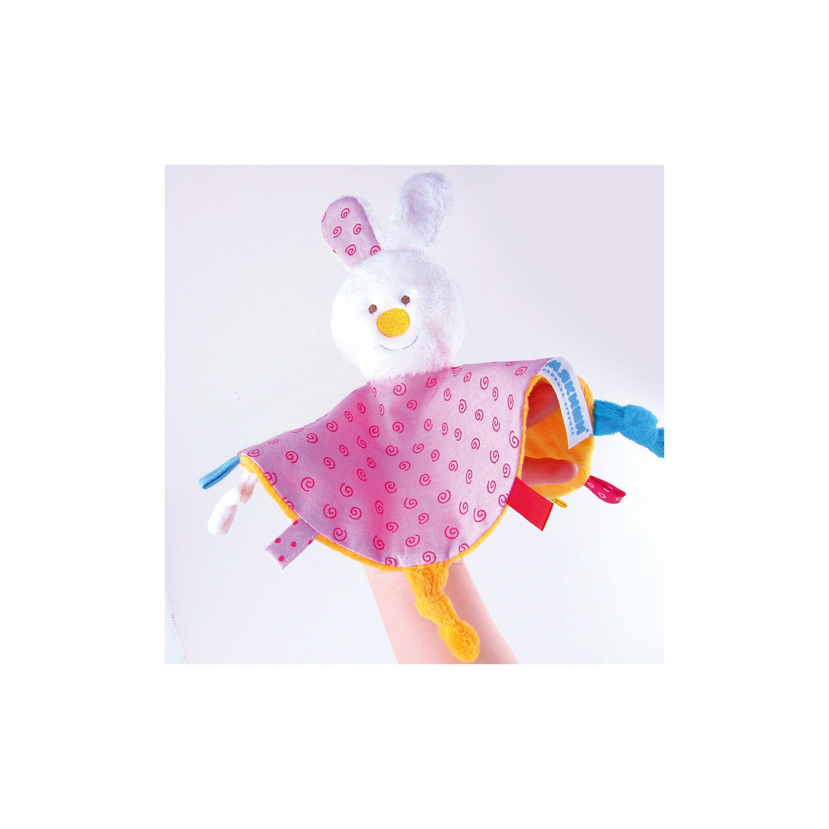 Платочек Зайка, МякишиХарактеристики товара:<br><br>• материал: разнофактурный текстиль, поролон<br>• комплектация: 1 шт<br>• размер игрушки: 35х2х39 см<br>• петельки<br>• прорезыватель<br>• развивающая игрушка<br>• упаковка: картон<br>• страна бренда: РФ<br>• страна изготовитель: РФ<br><br>Малыши активно познают мир и тянутся к новой информации. Чтобы сделать процесс изучения окружающего пространства интереснее, ребенку можно подарить развивающие игрушки. В процессе игры информация усваивается намного лучше!<br>Такие игрушки помогут занять малыша, играть ими приятно и весело. Одновременно они позволят познакомиться со многими цветами, фактурами, а также научиться завязывать петли. Подобные игрушки развивают тактильные ощущения, моторику, цветовосприятие, логику, воображение, учат фокусировать внимание. Каждое изделие абсолютно безопасно – оно создано из качественной ткани с мягким наполнителем. Игрушки производятся из качественных и проверенных материалов, которые безопасны для детей.<br><br>Платочек Зайка от бренда Мякиши можно купить в нашем интернет-магазине.<br><br>Ширина мм: 210<br>Глубина мм: 20<br>Высота мм: 210<br>Вес г: 140<br>Возраст от месяцев: 12<br>Возраст до месяцев: 36<br>Пол: Женский<br>Возраст: Детский<br>SKU: 5183219