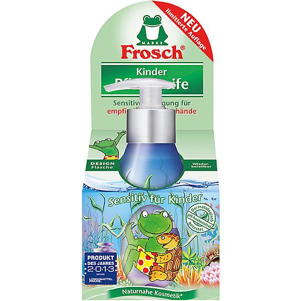 Детское ухаживающее жидкое мыло для рук, 300 мл, FroschМыло для детей<br>Характеристики товара:<br><br>• объем: 300 мл<br>• упаковка: пластик<br>• страна бренда: Германия<br>• страна изготовитель: Германия<br><br>К детским очищающим средствам всегда предъявляются повышенные требования. Они должны полностью очищать поверхность, заботиться о коже малыша и быть абсолютно безопасными. Детское мыло должно смываться водой без единого остатка, что и обеспечивает мыло от компании Frosch. <br><br>Кроме того, важна экономичность упаковки и наличие сменных блоков. Материалы, использованные при изготовлении товара, сертифицированы и отвечают всем международным требованиям по качеству. <br><br>Детское ухаживающее жидкое мыло для рук, 300 мл от немецкого производителя Frosch (Фрош) можно приобрести в нашем интернет-магазине.<br><br>Ширина мм: 90<br>Глубина мм: 70<br>Высота мм: 210<br>Вес г: 388<br>Возраст от месяцев: 36<br>Возраст до месяцев: 1188<br>Пол: Унисекс<br>Возраст: Детский<br>SKU: 5185755