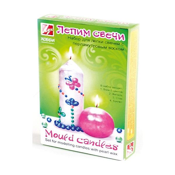 Набор для творчества Лепим свечи ПерламутрНаборы для создания свечей<br>Характеристики:<br><br>• Предназначение: для занятий лепкой<br>• Пол: для девочки<br>• Коллекция: Классика<br>• Тема: бабочки<br>• Комплектация: парафин, фитиль, инструкция, стек<br>• Материал: парафин, текстиль, пластик, картон<br>• Размеры упаковки (Д*Ш*В): 11*3*18,5 см<br>• Вес упаковки: 300 г <br>• Упаковка: картонная коробка<br><br>Набор для творчества Лепим свечи Перламутр от отечественной компании Луч, специализирующейся на выпуске канцелярских товаров и товаров для занятий творчеством. Набор состоит из материалов и приспособлений, необходимых для создания свечки с декоративными элементами в форме бабочек. Все материалы, использованные в комплекте безопасны и нетоксичны, они не вызывают аллергических реакций. Уникальность набора заключается в том, что парафин для создания свечи выполнен в форме пластин и для придания ему нужной формы не требуется его подвергать термической обработке, что делает набор безопасным даже для детей младшего дошкольного возраста. Набор для изготовления свечей может стать прекрасным вариантов в качестве подарка к праздникам не только для детей, но и для взрослых, которые увлекаются занятиями творчеством. С помощью набора можно создать оригинальные подарки для родных и близких. Занятия творчеством развивают мелкую моторику рук, способствуют формированию художественно-эстетического вкуса и дарят хорошее настроение не только ребенку, но и окружающим!<br><br>Набор для творчества Лепим свечи Перламутр можно купить в нашем интернет-магазине.<br><br>Ширина мм: 111<br>Глубина мм: 31<br>Высота мм: 187<br>Вес г: 554<br>Возраст от месяцев: 36<br>Возраст до месяцев: 180<br>Пол: Женский<br>Возраст: Детский<br>SKU: 5188808