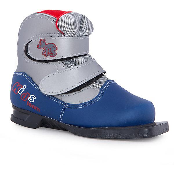 Ботинки лыжные NN75, МАРАКС, синий-сереброЛыжи и сноуборды<br>Детские ботинки для активного отдыха под крепления NN-75.<br>Верх - высококачественные синтетические материалы,<br>протестированные при температуре минус 25'C.<br>Внутри – утеплитель из искусственного меха. <br>Язычок ботинка с защитой от попадания снега и отсутствие шнурков – идеальное решение для<br>юных лыжников. <br>Термопластичный анатомический задник. <br>Подошва - ТЭП<br>Цвета: серый/желтый<br>Размер: 33<br>Срана-производитель: Россия<br>Ширина мм: 220; Глубина мм: 110; Высота мм: 300; Вес г: 815; Цвет: белый; Возраст от месяцев: 72; Возраст до месяцев: 84; Пол: Унисекс; Возраст: Детский; Размер: 30,33,32,31; SKU: 5204706;