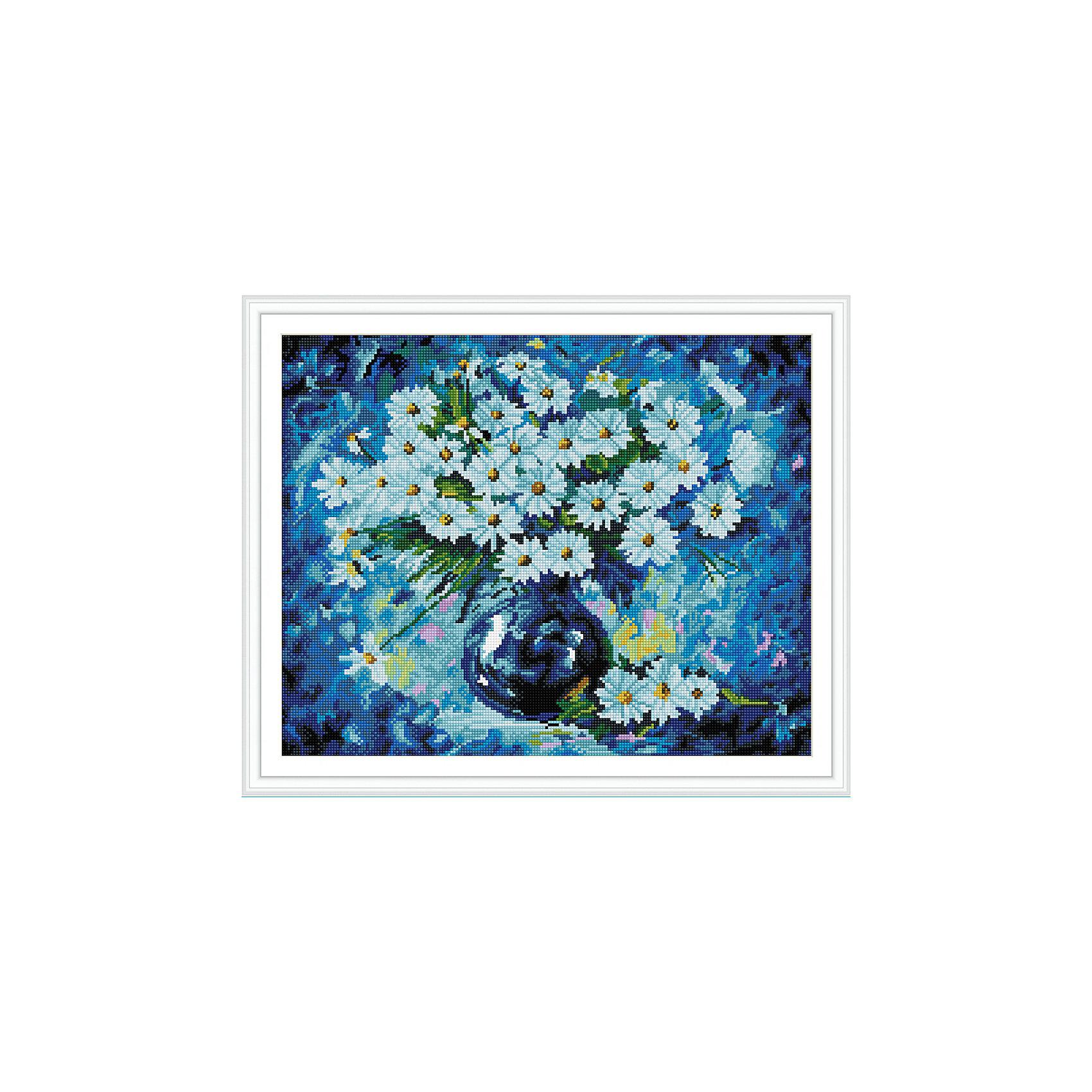 Алмазная мозаика по номерам Ромашки на синем 40*50 см (на подрамнике)Последняя цена<br>Характеристики товара:<br><br>• размер: 40x50 см<br>• размер упаковки: 42x52х5 см<br>• комплектация: холст на подрамнике 40х50 см, комплект искусственных камней, пинцет, пластмассовый лоток для камней, пластмассовый карандаш для камней, клей<br>• материал: акрил, текстиль, пластик<br>• не требует специальных навыков<br>• для творчества<br>• страна бренда: Российская Федерация<br>• страна производства: Китай<br><br>Алмазная мозаика в настоящий момент очень популярна, и это не удивительно! С помощью подобных наборов можно создавать красивые переливающиеся картины, при этом совсем не обязательно иметь опыт рукоделия. В набор для создания алмазной мозаики входит основа, на которую нужно наклеить небольшие камни - поля пронумерованы, поэтому найти для них правильное место не составит труда. В итоге получается картина, которой можно украсить помещение или подарить кому-то!<br>Набор станет отличным подарком для взрослых и детей. Подобные занятия помогают ребенку развивать важные навыки и способности, они активизирует мышление, формируют усидчивость, логику, абстрактное мышление и воображение. Изделие производится из качественных и проверенных материалов, которые безопасны для детей.<br><br>Алмазную мозаику по номерам Ромашки на синем 40*50 см (на подрамнике) от бренда Tukzar можно купить в нашем интернет-магазине.<br><br>Ширина мм: 420<br>Глубина мм: 520<br>Высота мм: 50<br>Вес г: 900<br>Возраст от месяцев: 96<br>Возраст до месяцев: 2147483647<br>Пол: Женский<br>Возраст: Детский<br>SKU: 5217075