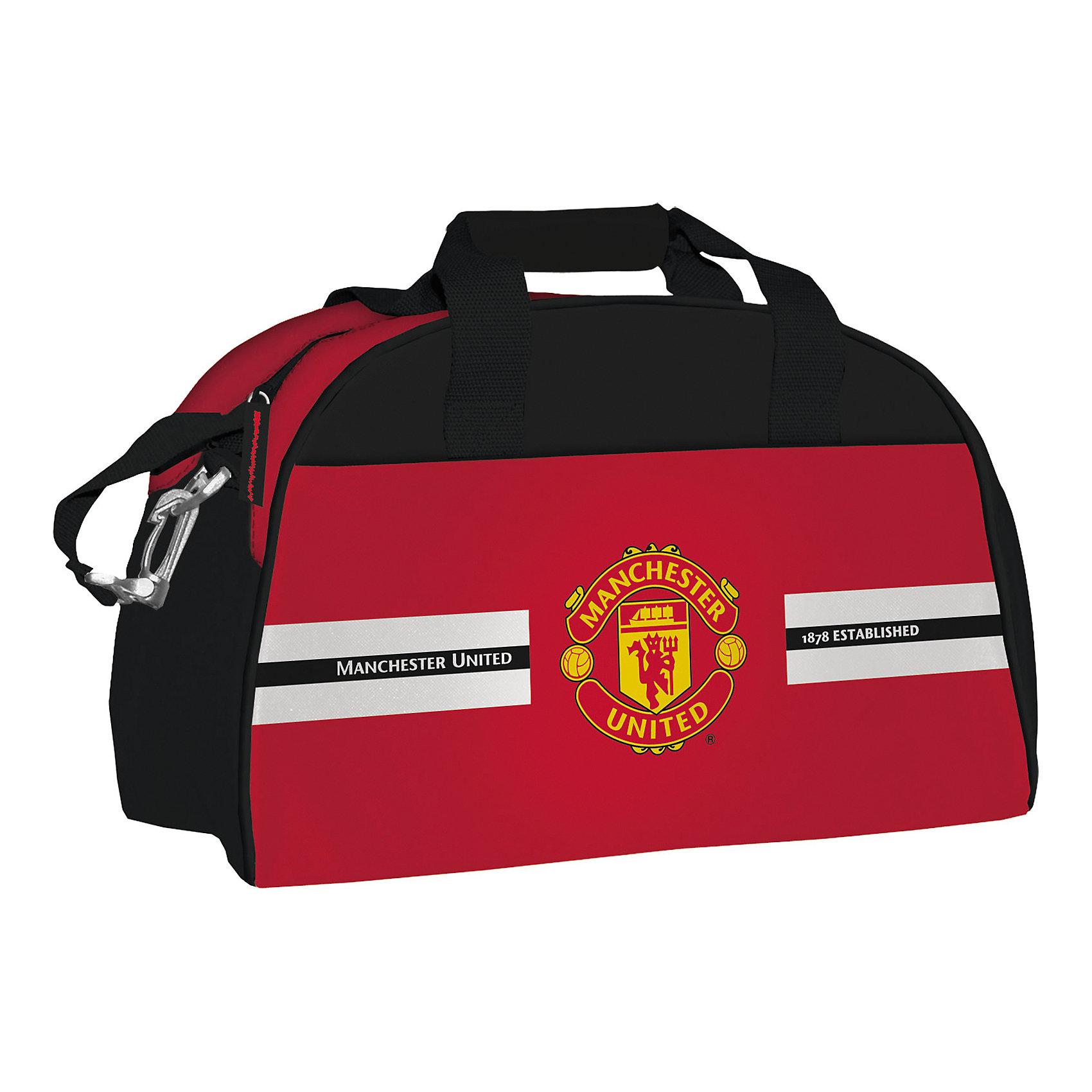 Сумка спортивная большая, Manchester United FCСпортивные сумки<br>Сумка спортивная большая, Manchester United FC, Академия Групп<br><br>Характеристики:<br><br>• большая и вместительная<br>• изготовлена из водонепроницаемого материала<br>• удобные ручки и ремень<br>• декорирована эмблемой ФК Манчестер Юнайтед<br>• размер: 48х30х22 см<br>• вес: 708 грамм<br><br>Стильная сумка по достоинству оценит каждый спортсмен. Модель выполнена из прочных материалов, не пропускающих воду. Сумка имеет форму полукруга, оснащена текстильными ручками и удобным длинным ремнем для ношения на плече. Сумка отличается ярким дизайном: красно-черная расцветка дополнена логотипом футбольного клуба Манчестер Юнайтед.<br><br>Сумку спортивная большая, Manchester United FC, Академия Групп вы можете купить в нашем интернет-магазине.<br><br>Ширина мм: 300<br>Глубина мм: 480<br>Высота мм: 220<br>Вес г: 708<br>Возраст от месяцев: 156<br>Возраст до месяцев: 180<br>Пол: Мужской<br>Возраст: Детский<br>SKU: 5218450