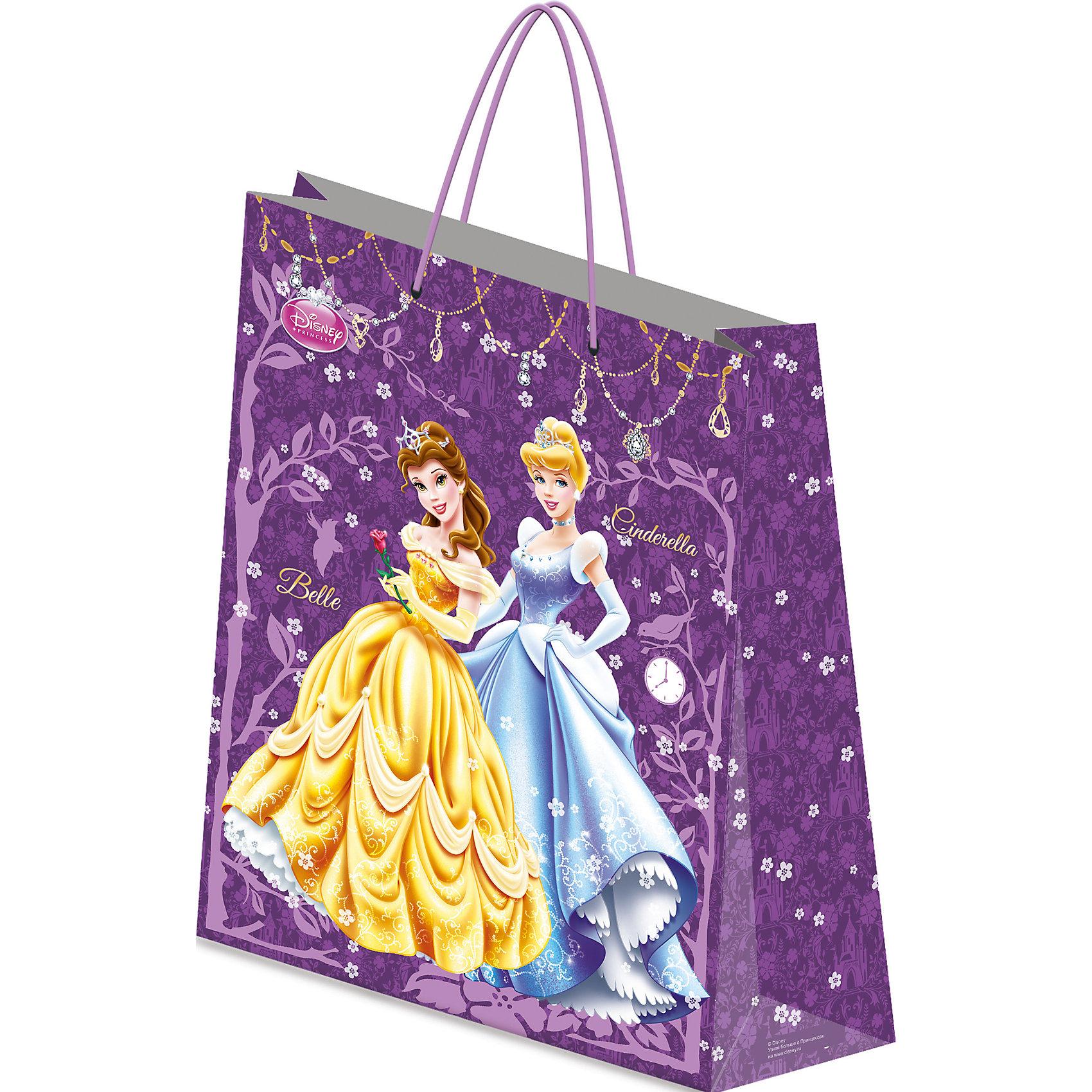 Пакет подарочный, Принцессы ДиснейПакет подарочный, Принцессы Дисней, Академия Групп<br><br>Характеристики:<br><br>• удобные ручки<br>• привлекательный дизайн<br>• матовая поверхность<br>• герои: Белль и Золушка (Дисней)<br>• размер упаковки: 55х15,5х41см<br>• плотность бумаги: 157 гр/м2 <br>• вес: 162 грамма<br><br>Стильный подарочный пакет станет отличным дополнением к основному подарку. Он изготовлен из прочной бумаги, имеет матовую поверхность и уплотненное дно. Пакет оснащен удобными ручками. Яркий дизайн с любимыми героинями Диснеевских мультфильмов добавит радости к любому празднику!<br><br>Пакет подарочный, Принцессы Дисней, Академия Групп вы можете купить в нашем интернет-магазине.<br><br>Ширина мм: 410<br>Глубина мм: 155<br>Высота мм: 550<br>Вес г: 162<br>Возраст от месяцев: 60<br>Возраст до месяцев: 84<br>Пол: Женский<br>Возраст: Детский<br>SKU: 5218459