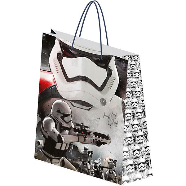 Пакет бумажный подарочный 33*43*10 см, STAR WARSДетские подарочные пакеты<br>Характеристики Товара:<br><br>• размер:33х43х10 см<br>• для подарков<br>• материал: бумага<br>• матовая поверхность<br>• с ручками<br>• принт<br><br>Получать подарки приятнее всего в красивой упаковке! Такое изделие поможет сделать сюрприз еще радостнее, особенно для любителей Звездных войн. Удобный формат, яркие цвета, качественное исполнение! Из такой упаковки приятно доставать подарок на Новый год или другой праздник!<br>Что особенно понравится мальчикам - изделие украшено красивым принтом в стиле Звездных войн. Отличный вариант маленького дополнения подарка для мальчишек. Товар производится из качественных и проверенных материалов, которые безопасны для детей.<br><br>Пакет бумажный подарочный 33*43*10 см можно купить в нашем интернет-магазине.<br><br>Ширина мм: 100<br>Глубина мм: 330<br>Высота мм: 430<br>Вес г: 75<br>Возраст от месяцев: 96<br>Возраст до месяцев: 108<br>Пол: Мужской<br>Возраст: Детский<br>SKU: 5218474