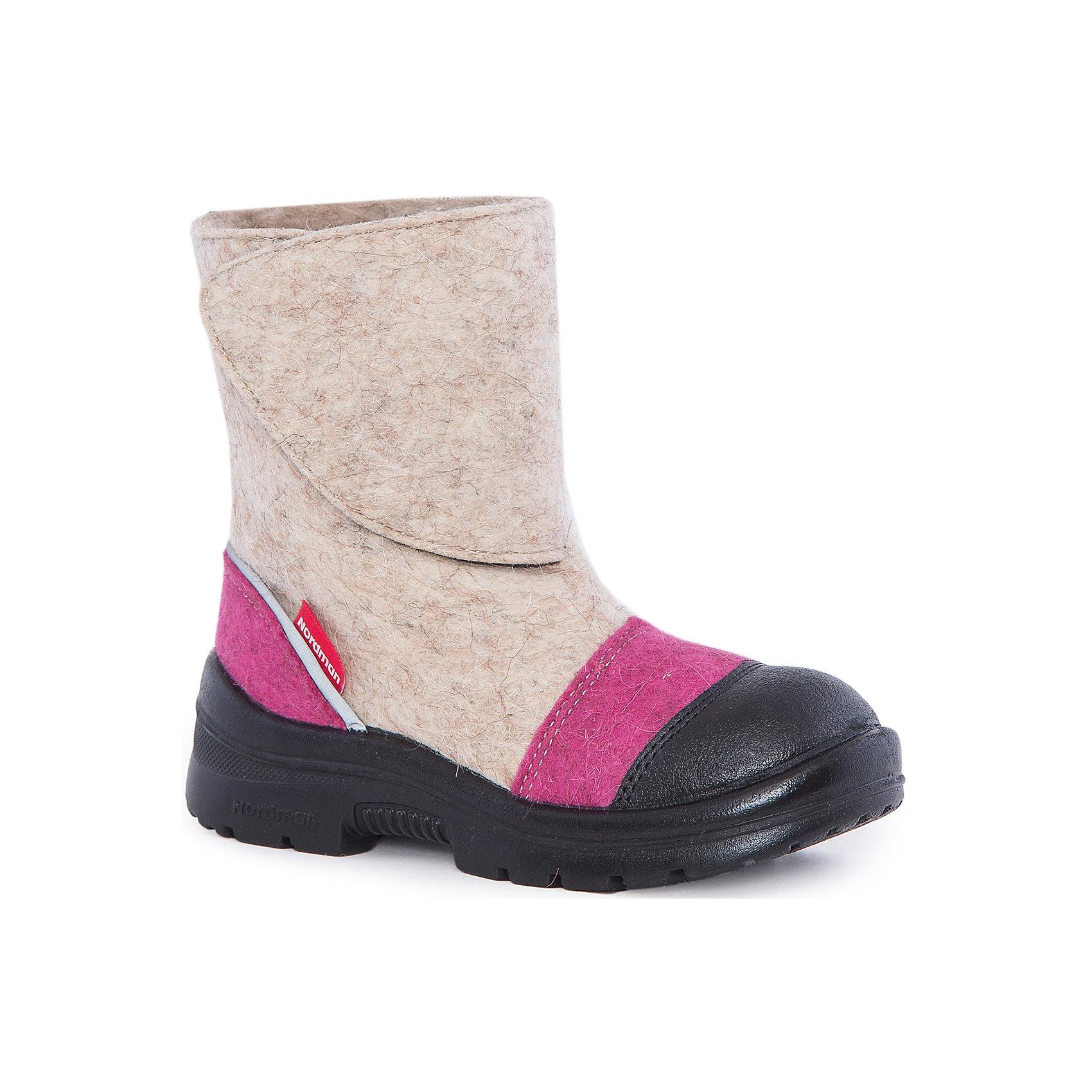 Валенки для девочки NordmanХарактеристики товара:<br><br>• цвет: бежевый<br>• материал верха: войлок<br>• материал подкладки: мех<br>• материал подошвы: полиуретан<br>• подошва не скользит<br>• застежка: липучка<br>• температурный режим: от -30° до +5° С<br>• защита пятки и носка (кожа)<br>• толстая устойчивая подошва<br>• низ не промокает<br>• страна бренда: Российская Федерация<br>• страна изготовитель: Российская Федерация<br><br>При выборе зимней обуви для ребенка необходимо убедиться, что она удобная и теплая. Такие симпатичные валенки обеспечат детям комфорт даже в сильный мороз, а непромокающая нижняя часть  оставит ножки в сухости. Валенки легко снимаются и надеваются, хорошо сидят на ноге. Внутри - специальная теплая подкладка, с которой холода не страшны!<br>Обувь от бренда Nordman - это качественные российские товары, произведенные с применением как натуральных, так и высокотехнологичных материалов. Обувь выделяется стильным дизайном и проработанными деталями. Полностью адаптирована под российскую погоду! Изделие производится из качественных и проверенных материалов, которые безопасны для детей.<br><br>Валенки от бренда Nordman можно купить в нашем интернет-магазине.<br><br>Ширина мм: 257<br>Глубина мм: 180<br>Высота мм: 130<br>Вес г: 420<br>Цвет: бежевый<br>Возраст от месяцев: 108<br>Возраст до месяцев: 120<br>Пол: Женский<br>Возраст: Детский<br>Размер: 33,35,32,34<br>SKU: 5219748