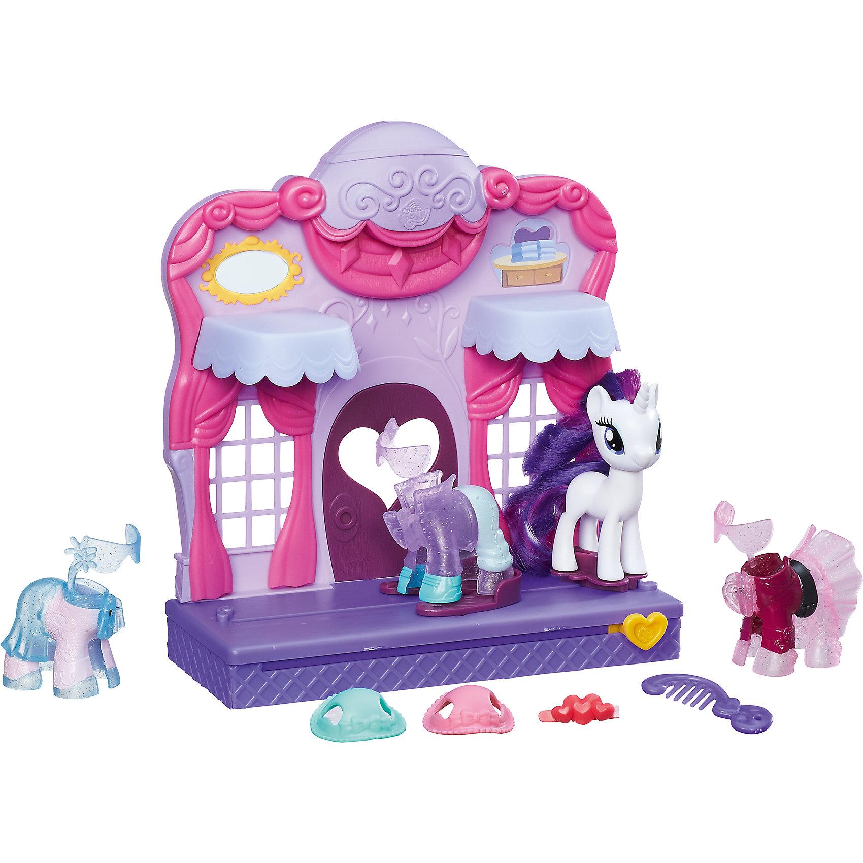Бутик Рарити в Кантерлоте, My little PonyИгрушки<br>Характеристики:<br><br>• Вид игр: сюжетно-ролевые, коллекционирование<br>• Пол: для девочек<br>• Коллекция: My little Pony<br>• Материал: пластик, нейлон<br>• Высота фигурки: 7 см<br>• Комплектация: здание бутика, пони, 3 наряда, 2 шляпки, гребень, заколка<br>• Вес в упаковке: 700 г<br>• Упаковка: картонная коробка<br><br>Бутик Рарити в Кантерлоте, My little Pony – это набор бренда My little Pony от Хасбро, состоящий из здания модного бутика, фигурки Рарити, съемных нарядов и модных аксессуаров. Особенность бутика заключаются в том, что на платформе предусмотрен механизм, позволяющий надевать новые наряды. Механизм приводится в движение за счет рычага в форме сердечка. В наборе предусмотрены три праздничных наряда для пони, 2 шляпки и заколка. Для поддержания гривы и хвоста в порядке в наборе имеется гребень. Пони и аксессуары выполнены из экологически безопасного и прочного пластика, который устойчив к физическим и механическим повреждениям. Детали окрашены в яркие цвета, которые не теряют своей яркости даже при длительной эксплуатации. Сюжетно-ролевые игры с таким набором будут способствовать развитию фантазии, воображения, научат девочку следить за своим внешним видом и правильно сочетать элементы гардероба между собой. Игрушка упакована в яркую коробку. Бутик Рарити в Кантерлоте, My little Pony – это замечательный подарок для поклонников этой серии!<br><br>Бутик Рарити в Кантерлоте, My little Pony можно купить в нашем интернет-магазине.<br><br>Ширина мм: 260<br>Глубина мм: 253<br>Высота мм: 77<br>Вес г: 543<br>Возраст от месяцев: 36<br>Возраст до месяцев: 84<br>Пол: Женский<br>Возраст: Детский<br>SKU: 5225685