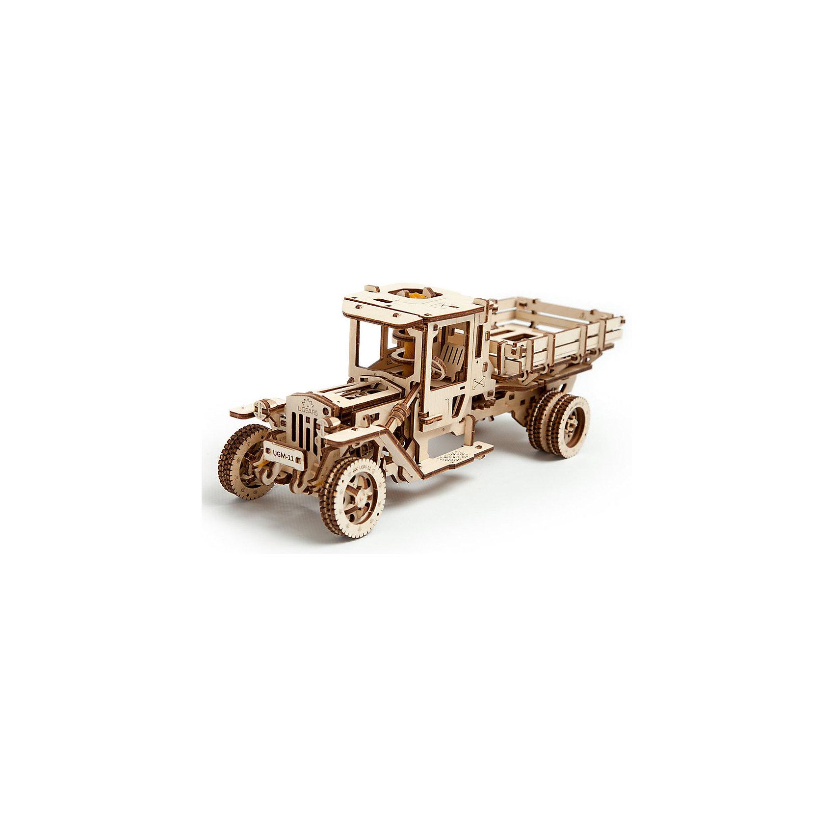 Грузовик UGM-11, UGEARSДеревянные конструкторы<br>Топовая модель - Грузовик UGM-11 - это уменьшенная копия настоящего автомобиля!<br><br>Данная модель состоит из двигателя, трансмиссии и коробки передач. Модель может двигаться как вперед, так и назад. <br>Длина автомобиля: 34 см<br>Ширина автомобиля: 14 см<br>Высота автомобиля: 13 см<br>Максимальное время снаряженная масса: 1267 г<br>Максимальная скорость: 1.8 км/ч<br><br>Дополнительная информация:<br><br>Размер грузовика: 340*140*130 мм<br>Размер упаковки: 37*17*4см<br>Количество деталей: 420<br>Расчетное время сборки: 10-12 часов<br><br>Ширина мм: 383<br>Глубина мм: 172<br>Высота мм: 40<br>Вес г: 1308<br>Возраст от месяцев: 168<br>Возраст до месяцев: 2147483647<br>Пол: Мужской<br>Возраст: Детский<br>SKU: 5226412
