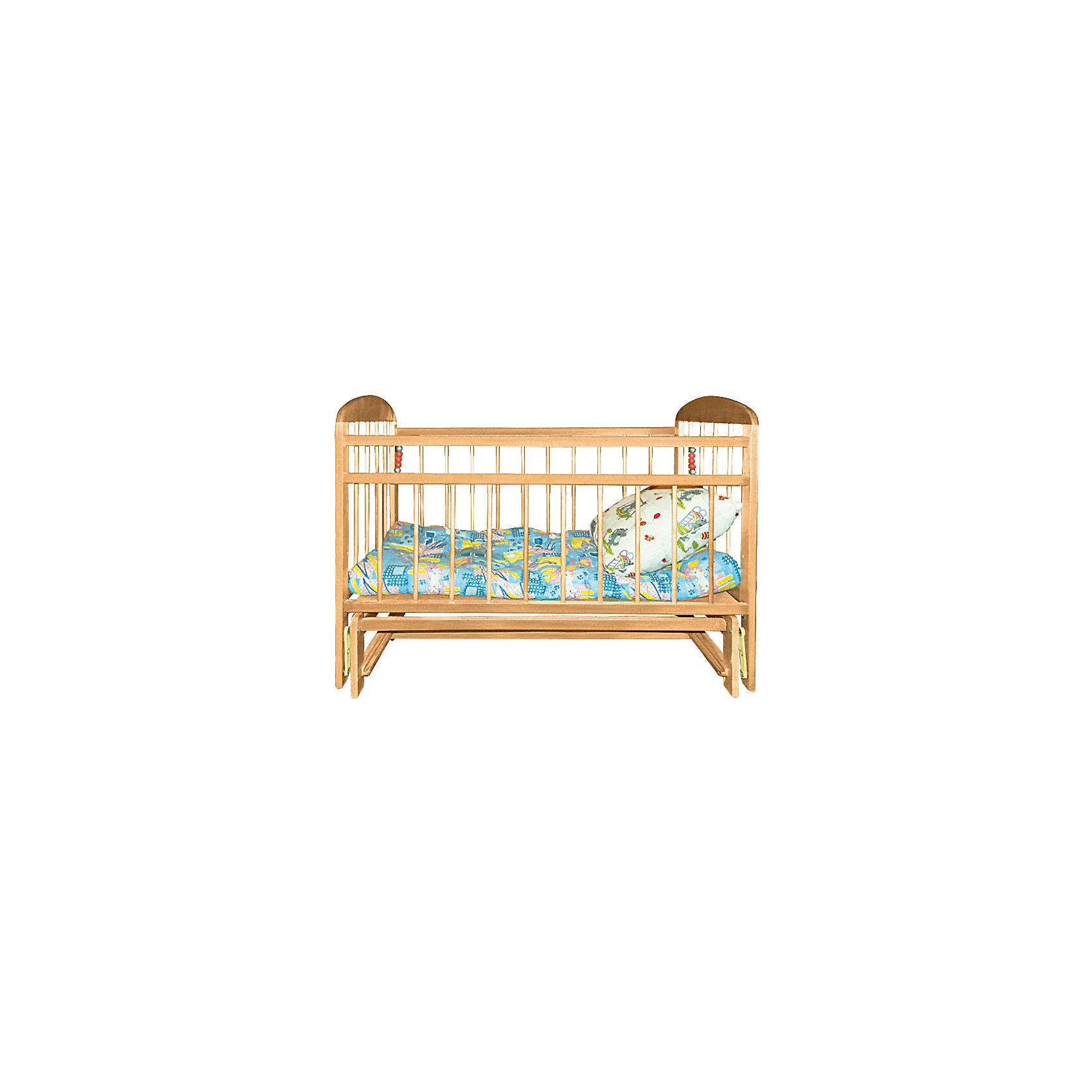 Кроватка с маятником Мишутка 11, светлаяКроватка с маятником Мишутка 11, светлая.<br><br>Характеристики:<br><br>- Размер: 120x60 см.<br>- Материал: массив березы<br>- Покрытие: лак<br>- Цвет: светлый<br>- Вес: 21 кг.<br><br>Детская кроватка «Мишутка 11» предназначена для малышей с рождения до 4-х лет. Кроватка оснащена поперечно-продольным маятниковым механизмом, что позволяет сделать процесс укачивания ребенка эффективным и максимально приближенным к реальным движениям при укачивании ребенка на руках мамы. Внутреннее пространство кроватки имеет стандартные размеры, что позволяет без труда подобрать матрас. Высота дна кроватки имеет два положения. Пока ребенок не научится вставать, для удобства ухода за малышом дно устанавливается ближе к верхней части кроватки. Когда ребенок сможет самостоятельно сидеть, для безопасности днище опускается ближе к основанию. Таким образом, можно не волноваться, что ребенок выберется из кроватки или упадет. Также безопасность обеспечивают реечные стенки. Они установлены на безопасном расстоянии друг от друга, так, что ребенок не сможет застрять или просунуть голову. У кроватки отсутствуют острые углы, что уменьшает риск получения травмы. Механизм опускания передней планки обеспечит удобный доступ к малышу. При необходимости переднюю стенку можно снять. Кроватка «Мишутка 11» выполнена из массива березы, покрыта абсолютно нетоксичным и безопасным для здоровья малышей лаком.<br><br>Кроватку с маятником Мишутка 11, светлую можно купить в нашем интернет-магазине.<br><br>Ширина мм: 1215<br>Глубина мм: 690<br>Высота мм: 150<br>Вес г: 18500<br>Возраст от месяцев: 0<br>Возраст до месяцев: 36<br>Пол: Унисекс<br>Возраст: Детский<br>SKU: 5228796