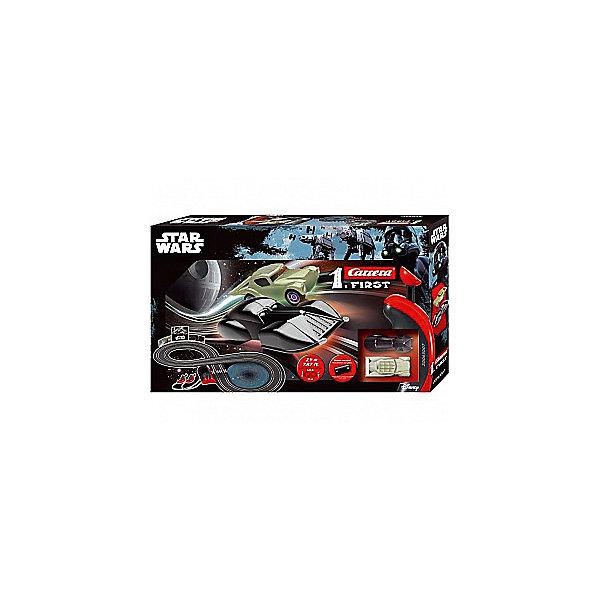 Трэк на батарейках Star Wars, CarreraАвтотреки<br>Трэк на батарейках Star Wars, Carrera (Каррера).<br><br>Характеристики:<br><br>- В комплекте: 2 машины, детали трека, 2 пульта управления, карточки<br>- Батарейки: 4 x C / LR14 1.5V малые бочонки (не входят в комплект)<br>- Размер собранного трека: 45 х 93 см.<br>- Длина трека: 2,4 м.<br>- Материал: пластик, металл<br>- Упаковка: картонная коробка<br>- Размер упаковки: 30 x 7 x 50 см.<br>- Вес: 1,25 кг.<br><br>Трэк на батарейках Star Wars от бренда Carrera (Каррера) представляет собой гоночную трассу в виде восьмерки длиной 2,4 метра. Трек очень легко собирается, он компактен и не занимает много места. Машинки, имеющиеся в наборе, созданы в точном соответствии с внешним видом героев знаменитой саги Звездные войны: главного антагониста Дарта Вейдера и главы совета джедаев - Магистра Йоды. Легкие в использовании пульты управления позволят устраивать настоящие гоночные состязания. К треку прилагаются карточки, которые можно расставить вдоль трека. Трек выполнен из высококачественных материалов и прослужит развлечением для ребенка долгое время.<br><br>Трэк на батарейках Star Wars, Carrera (Каррера) можно купить в нашем интернет-магазине.<br><br>Ширина мм: 500<br>Глубина мм: 300<br>Высота мм: 70<br>Вес г: 1444<br>Возраст от месяцев: 36<br>Возраст до месяцев: 2147483647<br>Пол: Мужской<br>Возраст: Детский<br>SKU: 5237833
