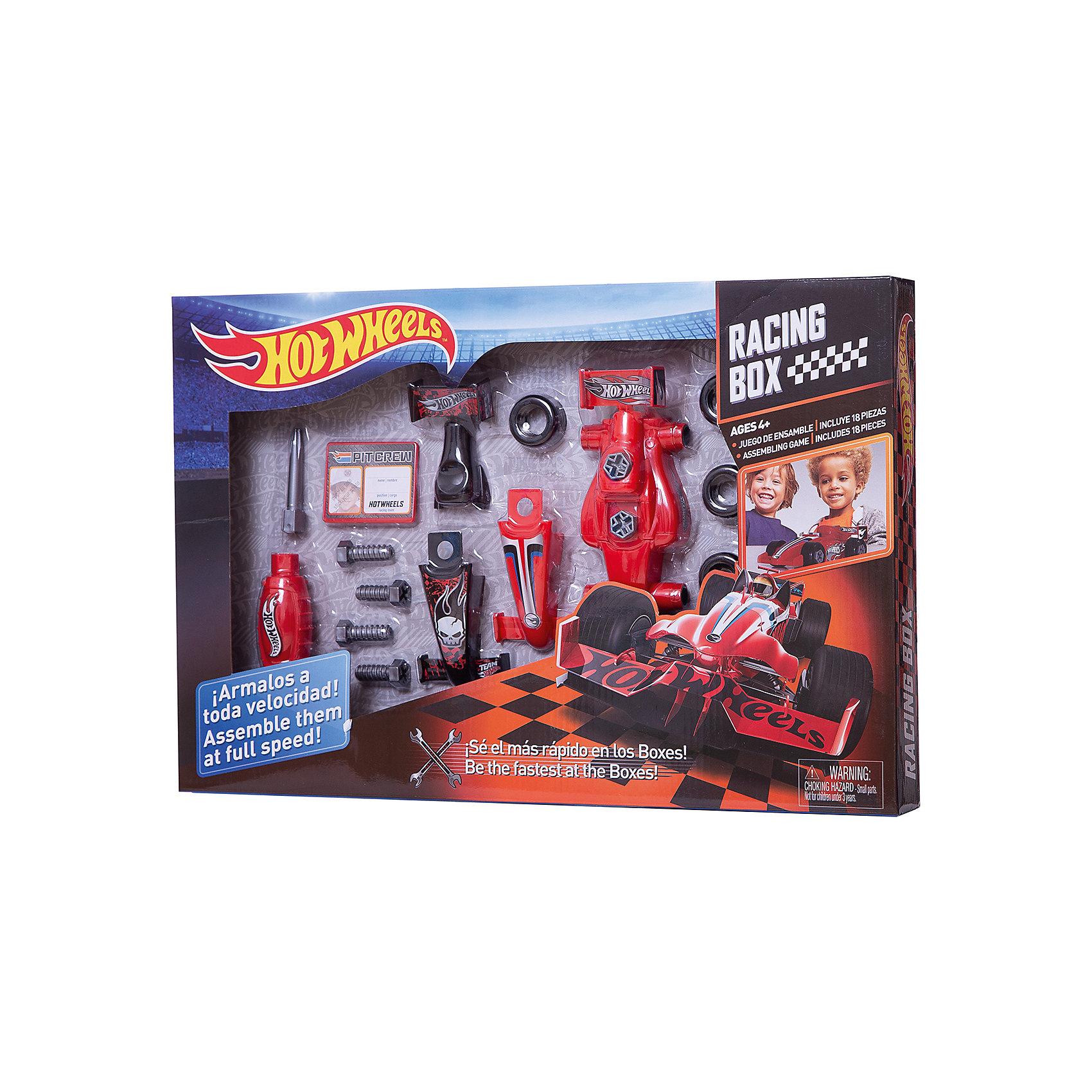 Игровой набор юного механика, большой, Hot WheelsМастерская и инструменты<br>Игровой набор юного механика, большой, Hot Wheels (Хот Вилс).<br><br>Характеристика:<br><br>• Материал: пластик. <br>• Размер упаковки: 50х5х33 см.<br>• Комплектация: болты - 6 шт; шины - 4 шт, корпус - 5 деталей, отвертка, бейдж.<br>• Отличная детализация. <br>• Яркий привлекательный дизайн. <br><br>С этим оригинальным игровым набором, выполненным в стилистике Hot Wheels, любой мальчик почувствует себя настоящим автомехаником и сможет собрать гоночный автомобиль! Все детали отлично проработаны, легко и быстро соединяются между собой. Игрушки изготовлены из экологичного пластика, в производстве которого использованы только безопасные нетоксичные красители. <br><br>Игровой набор юного механика, большой, Hot Wheels (Хот Вилс) можно купить в нашем интернет-магазине.<br><br>Ширина мм: 510<br>Глубина мм: 340<br>Высота мм: 500<br>Вес г: 633<br>Возраст от месяцев: 36<br>Возраст до месяцев: 2147483647<br>Пол: Мужской<br>Возраст: Детский<br>SKU: 5238938