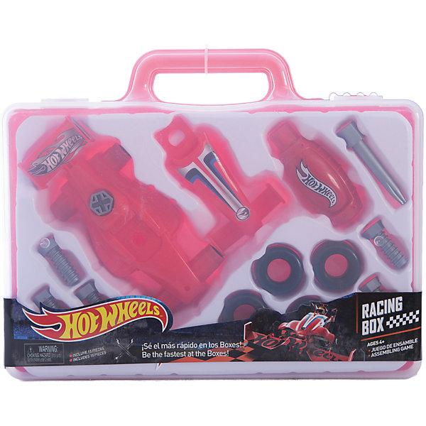 Игровой набор юного механика, в чемодане, Hot WheelsНаборы инструментов<br>Игровой набор юного механика, большой, Hot Wheels (Хот Вилс).<br><br>Характеристика:<br><br>• Материал: пластик. <br>• Размер упаковки: 31x23x5 см. <br>• Комплектация: 6 болтов, 4 шины, 2 детали корпуса, 2 детали отвертки, чемоданчик. <br>• Отличная детализация. <br>• Яркий красочный дизайн. <br>• Удобный пластиковый чемоданчик для хранения и переноски. <br><br>С этим оригинальным игровым набором, выполненным в стилистике Hot Wheels, любой мальчик почувствует себя настоящим автомехаником и сможет собрать гоночный автомобиль! Все детали упакованы в удобный пластиковый чемоданчик с прозрачной крышкой, отлично проработаны, легко и быстро соединяются между собой. Игрушки изготовлены из экологичного пластика, в производстве которого использованы только безопасные нетоксичные красители. <br><br>Игровой набор юного механика, большой, Hot Wheels (Хот Вилс) можно купить в нашем интернет-магазине.<br>Ширина мм: 300; Глубина мм: 240; Высота мм: 500; Вес г: 474; Возраст от месяцев: 36; Возраст до месяцев: 2147483647; Пол: Мужской; Возраст: Детский; SKU: 5238939;