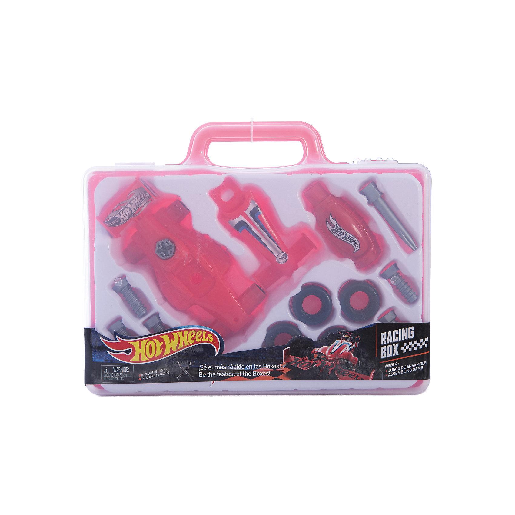 Игровой набор юного механика, в чемодане, Hot WheelsМастерская и инструменты<br>Игровой набор юного механика, большой, Hot Wheels (Хот Вилс).<br><br>Характеристика:<br><br>• Материал: пластик. <br>• Размер упаковки: 31x23x5 см. <br>• Комплектация: 6 болтов, 4 шины, 2 детали корпуса, 2 детали отвертки, чемоданчик. <br>• Отличная детализация. <br>• Яркий красочный дизайн. <br>• Удобный пластиковый чемоданчик для хранения и переноски. <br><br>С этим оригинальным игровым набором, выполненным в стилистике Hot Wheels, любой мальчик почувствует себя настоящим автомехаником и сможет собрать гоночный автомобиль! Все детали упакованы в удобный пластиковый чемоданчик с прозрачной крышкой, отлично проработаны, легко и быстро соединяются между собой. Игрушки изготовлены из экологичного пластика, в производстве которого использованы только безопасные нетоксичные красители. <br><br>Игровой набор юного механика, большой, Hot Wheels (Хот Вилс) можно купить в нашем интернет-магазине.<br><br>Ширина мм: 300<br>Глубина мм: 240<br>Высота мм: 500<br>Вес г: 474<br>Возраст от месяцев: 36<br>Возраст до месяцев: 2147483647<br>Пол: Мужской<br>Возраст: Детский<br>SKU: 5238939