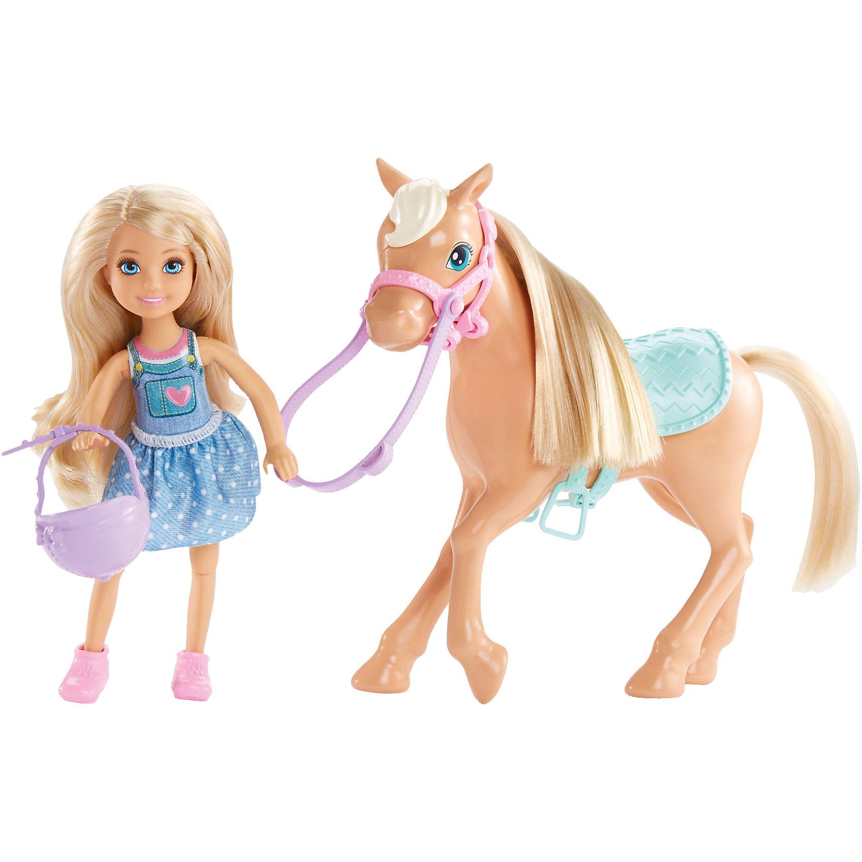 Кукла Челси и пони, BarbieBarbie<br>Кукла Челси и пони, Barbie (Барби)<br><br>Характеристики:<br><br>• куклу и пони можно причесывать<br>• в комплекте: кукла, пони, шлем<br>• материал: пластик, текстиль<br>• размер упаковки: 25х23х7 см<br>• высота куклы: 14 см<br>• высота пони: 15 см<br>• вес: 235 грамм<br><br>Посмотрите на эту веселую красавицу. Она очень рада встрече с любимой лошадкой и готова кататься на ней снова и снова! Для этого милашка Челси надела легкое платье и взяла с собой красивый и практичный шлем. После прогулки гриву и хвост пони можно причесать и даже создать красивую прическу. Прекрасный набор для веселых игр!<br><br>Куклу Челси и пони, Barbie (Барби) вы можете купить в нашем интернет-магазине.<br><br>Ширина мм: 243<br>Глубина мм: 233<br>Высота мм: 66<br>Вес г: 224<br>Возраст от месяцев: 36<br>Возраст до месяцев: 72<br>Пол: Женский<br>Возраст: Детский<br>SKU: 5257138
