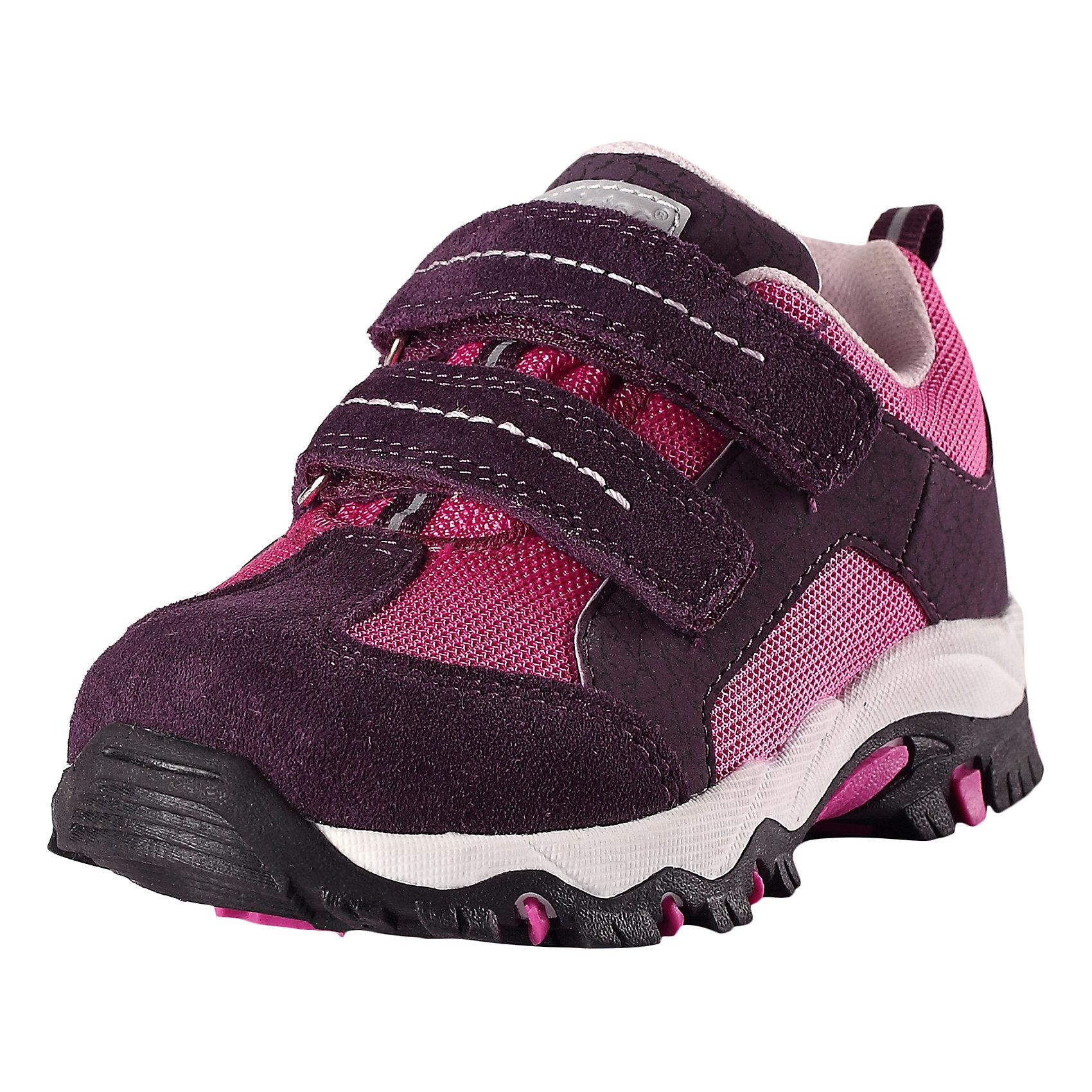 Кроссовки для девочки LASSIEКроссовки<br>Характеристики товара:<br><br>• цвет: розовый<br>• состав: верх - ПЭ,ПУ/кожа, подошва - резина термопластичная<br>• застежка: липучка<br>• мягкая текстильная подкладка<br>• усиленные пятка и носок<br>• съемные стельки<br>• светоотражающие детали<br>• страна производства: Китай<br>• страна бренда: Финляндия<br>• коллекция: весна-лето 2017<br><br>Детская обувь может быть модной и комфортной одновременно! Удобные стильные кроссовки помогут обеспечить ребенку комфорт и дополнить наряд. Они отлично смотрятся с различной одеждой. Кроссовки удобно сидят на ноге и аккуратно смотрятся. Легко чистятся и долго служат. Продуманная конструкция разрабатывалась специально для детей.<br><br>Обувь и одежда от финского бренда LASSIE пользуются популярностью во многих странах. Они стильные, качественные и удобные. Для производства продукции используются только безопасные, проверенные материалы и фурнитура. Порадуйте ребенка модными и красивыми вещами от Lassie®! <br><br>Кроссовки для девочки от финского бренда LASSIE можно купить в нашем интернет-магазине.<br><br>Ширина мм: 262<br>Глубина мм: 176<br>Высота мм: 97<br>Вес г: 427<br>Цвет: розовый<br>Возраст от месяцев: 132<br>Возраст до месяцев: 144<br>Пол: Женский<br>Возраст: Детский<br>Размер: 35,24,31,25,26,32,27,28,33,29,30,34<br>SKU: 5263383