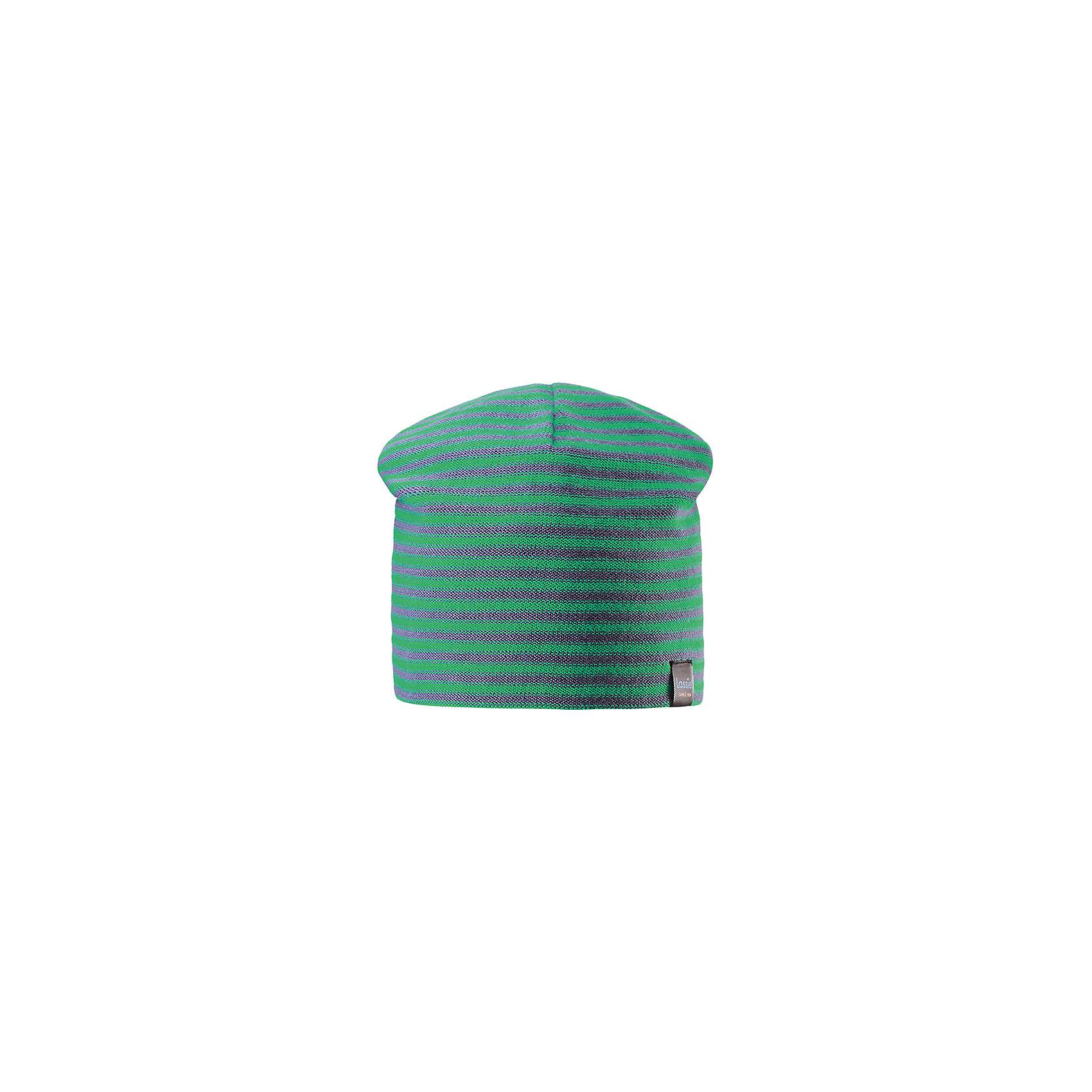 Шапка LASSIEШапки и шарфы<br>Характеристики товара:<br><br>• цвет: зеленый<br>• состав: 100% хлопок<br>• температурный режим: от +15°до +5°С<br>• эластичный хлопковый трикотаж<br>• мягкая сплошная подкладка: смесь хлопка jersey<br>• узор из цветных полос<br>• декоративная эмблема<br>• комфортная посадка<br>• страна производства: Китай<br>• страна бренда: Финляндия<br>• коллекция: весна-лето 2017<br><br>Детский головной убор может быть модным и удобным одновременно! Стильная шапка поможет обеспечить ребенку комфорт и дополнить наряд. Она отлично смотрится с различной одеждой. Шапка удобно сидит и аккуратно выглядит. Проста в уходе, долго служит. Продуманный крой разрабатывался специально для детей.<br><br>Обувь и одежда от финского бренда LASSIE by Reima пользуются популярностью во многих странах. Они стильные, качественные и удобные. Для производства продукции используются только безопасные, проверенные материалы и фурнитура. Порадуйте ребенка модными и красивыми вещами от Lassie®! <br><br>Шапку от финского бренда LASSIE by Reima можно купить в нашем интернет-магазине.<br><br>Ширина мм: 89<br>Глубина мм: 117<br>Высота мм: 44<br>Вес г: 155<br>Цвет: зеленый<br>Возраст от месяцев: 12<br>Возраст до месяцев: 18<br>Пол: Унисекс<br>Возраст: Детский<br>Размер: 46-48,54-56,50-52<br>SKU: 5264103